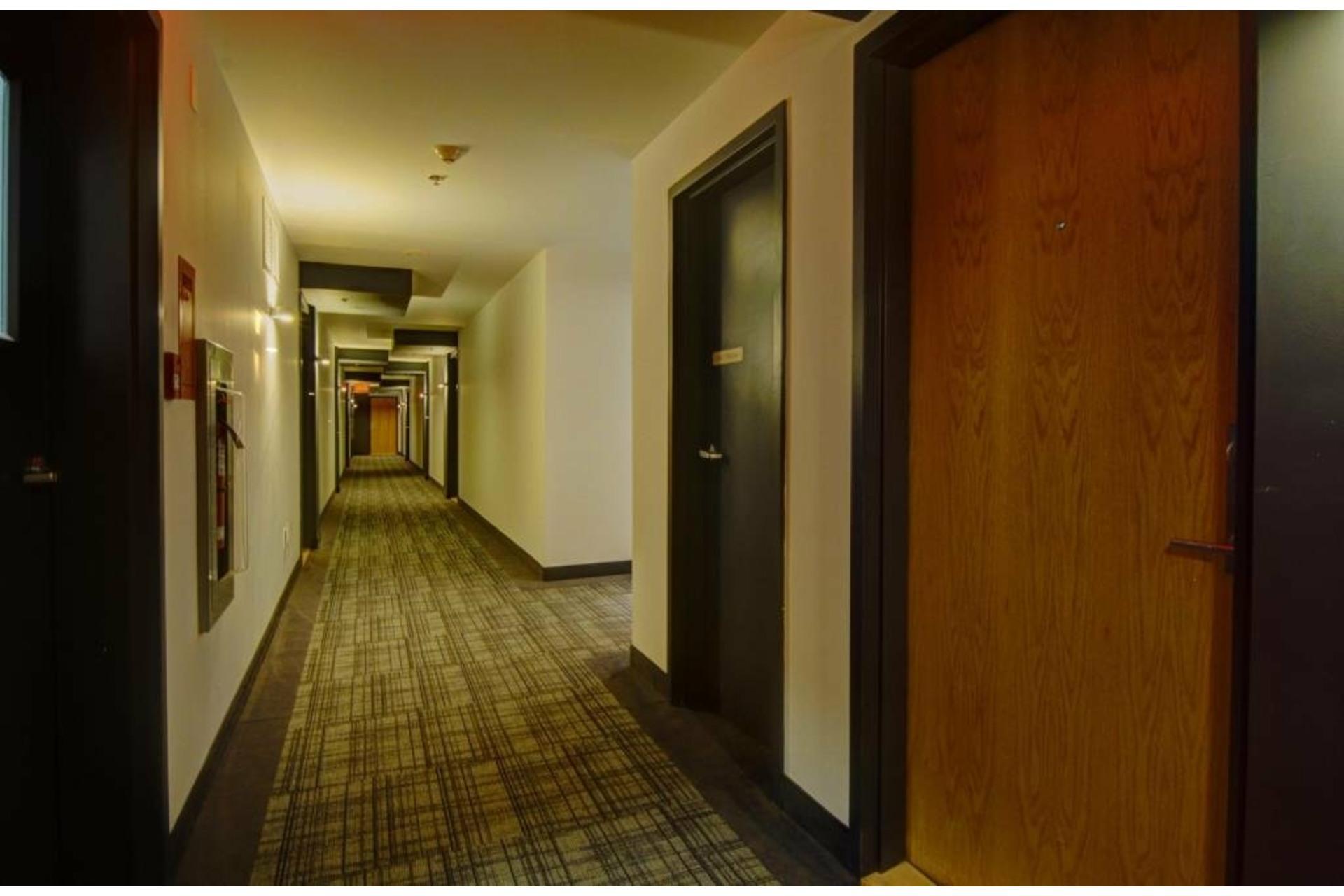image 3 - Departamento En venta Laval-des-Rapides Laval  - 5 habitaciones