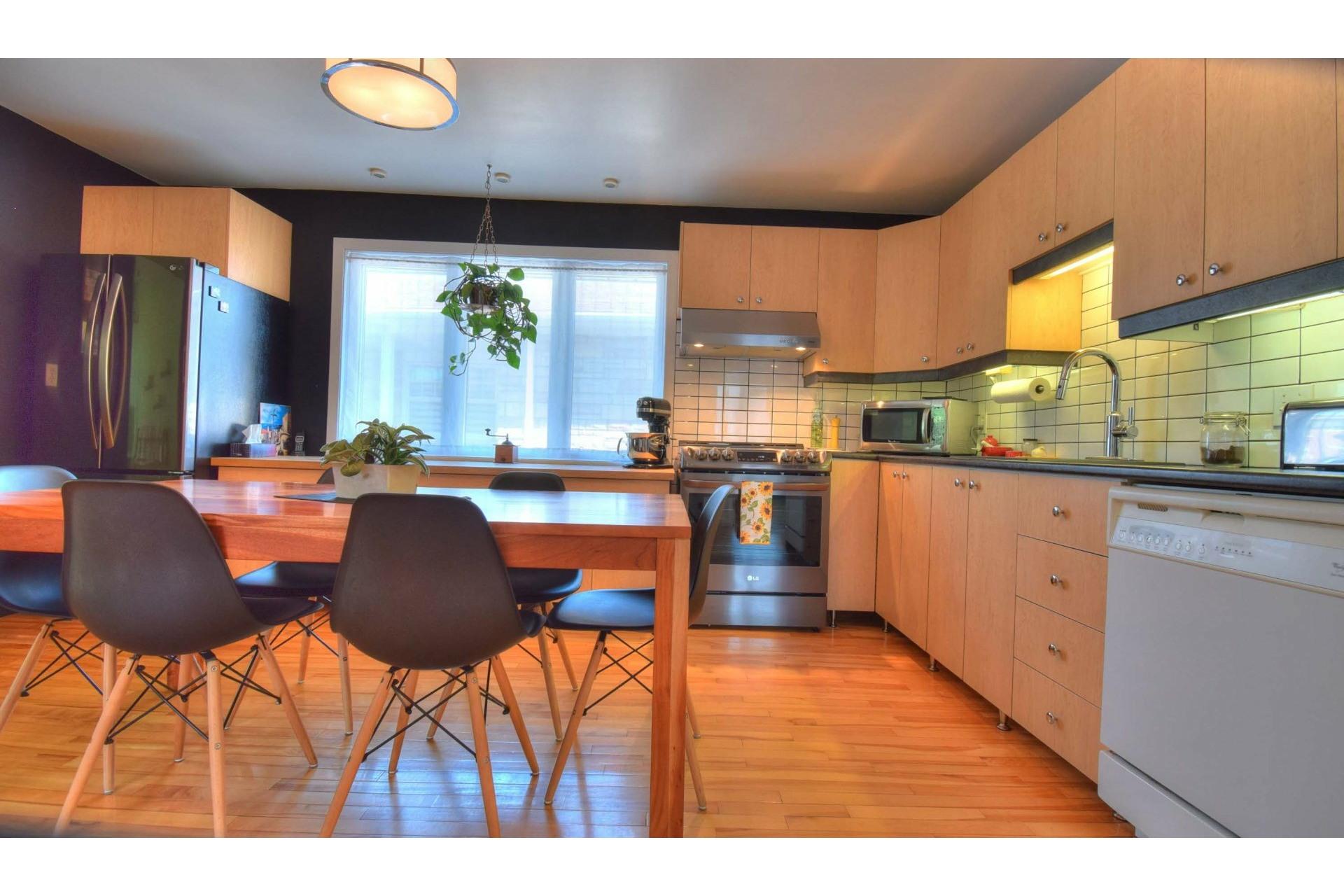 image 9 - House For sale Trois-Rivières - 9 rooms