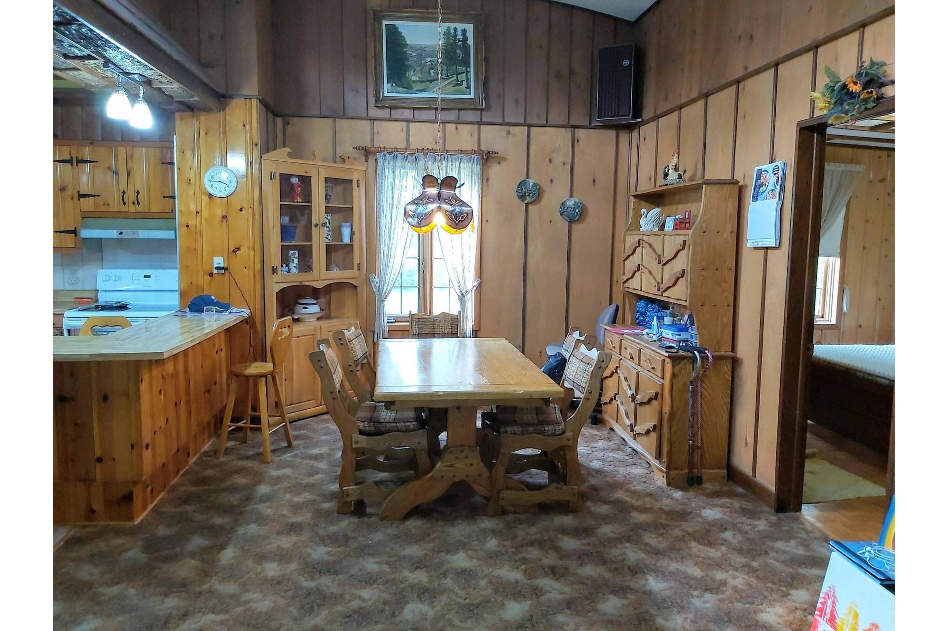 image 3 - Maison À vendre Saint-Côme - 12 pièces
