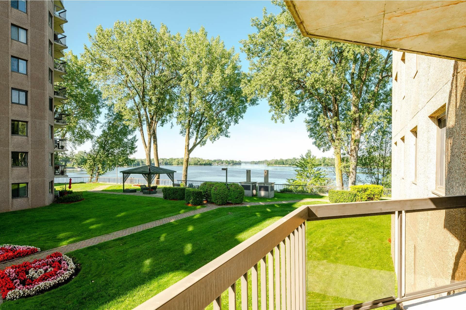 image 16 - Apartment For sale Pierrefonds-Roxboro Montréal  - 5 rooms