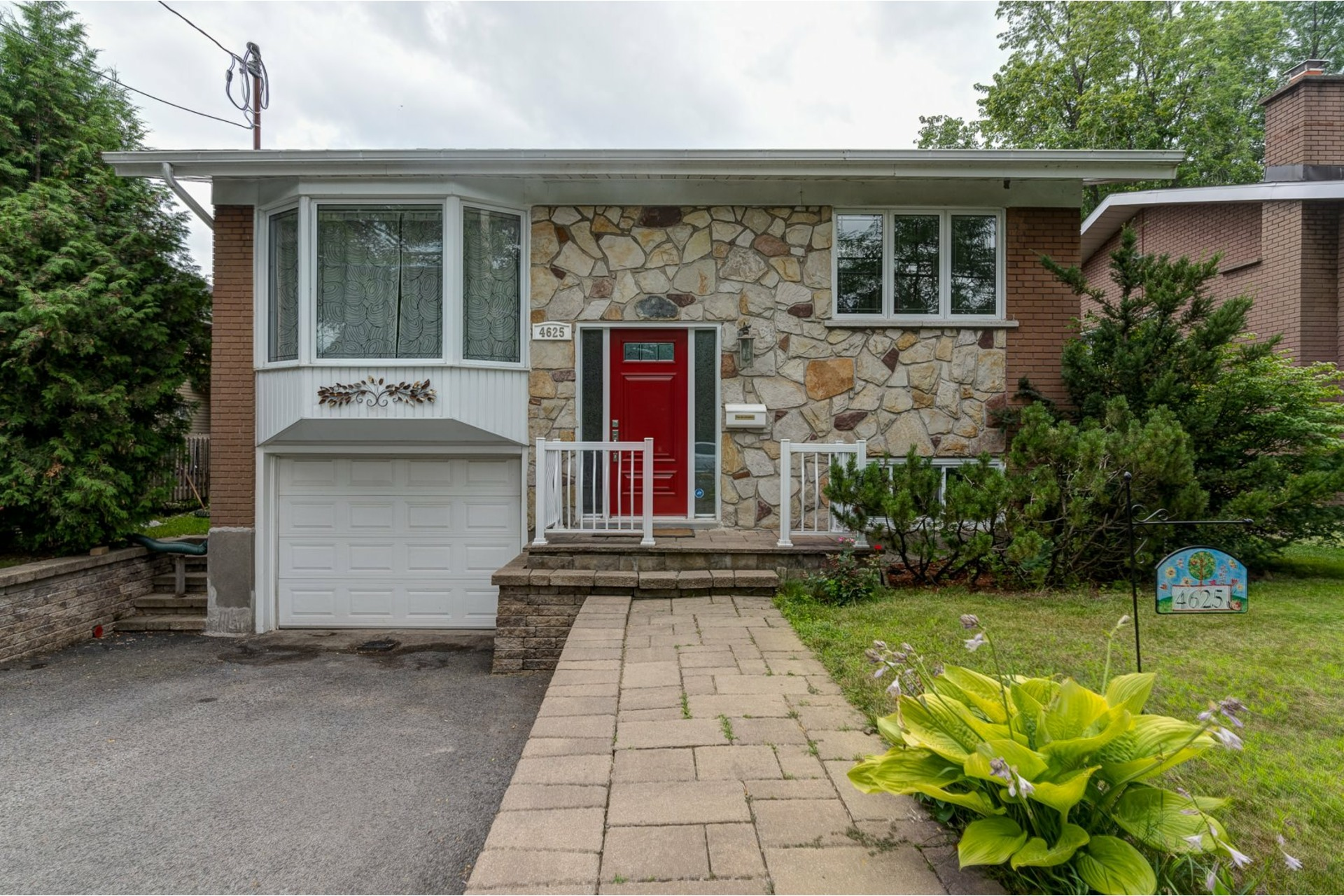 image 0 - House For sale Lachine Montréal  - 9 rooms