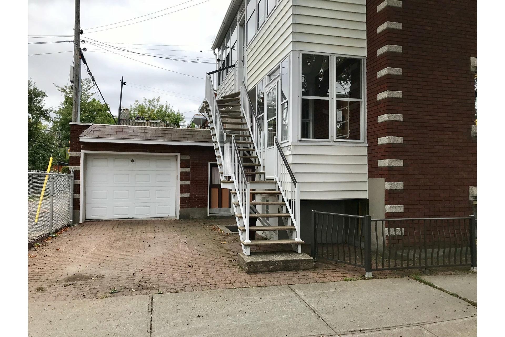 image 1 - Appartement À louer Villeray/Saint-Michel/Parc-Extension Montréal  - 5 pièces