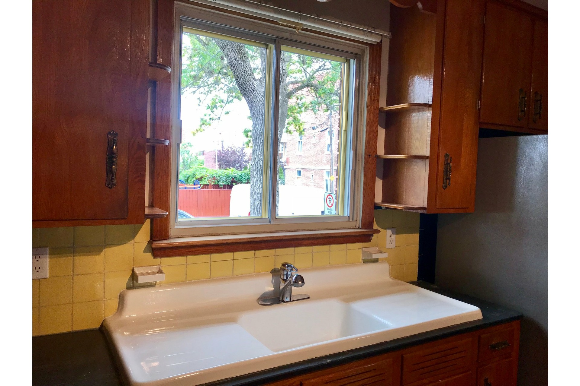 image 7 - Apartment For rent Villeray/Saint-Michel/Parc-Extension Montréal  - 5 rooms