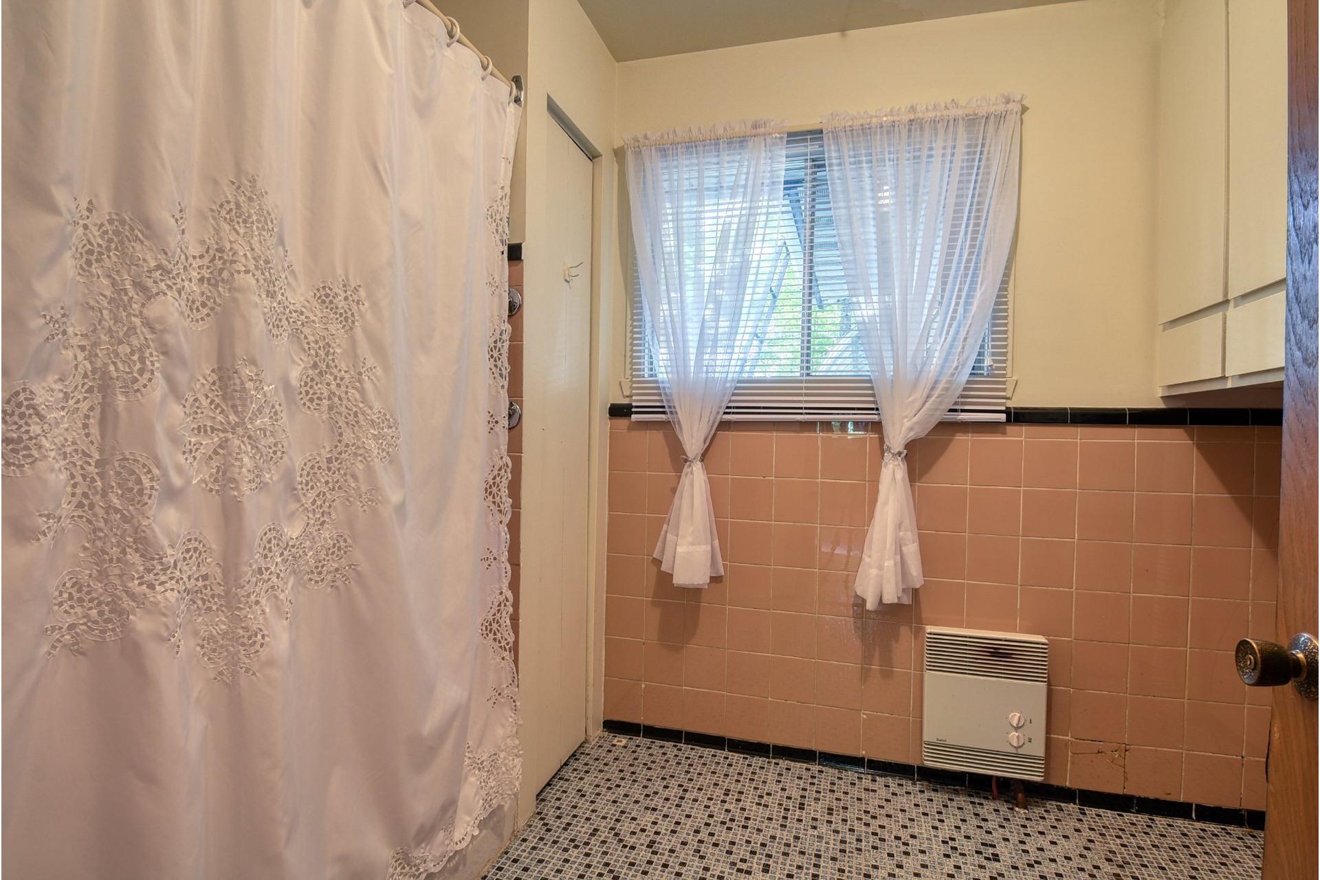 image 18 - Maison À vendre Terrebonne Terrebonne  - 11 pièces