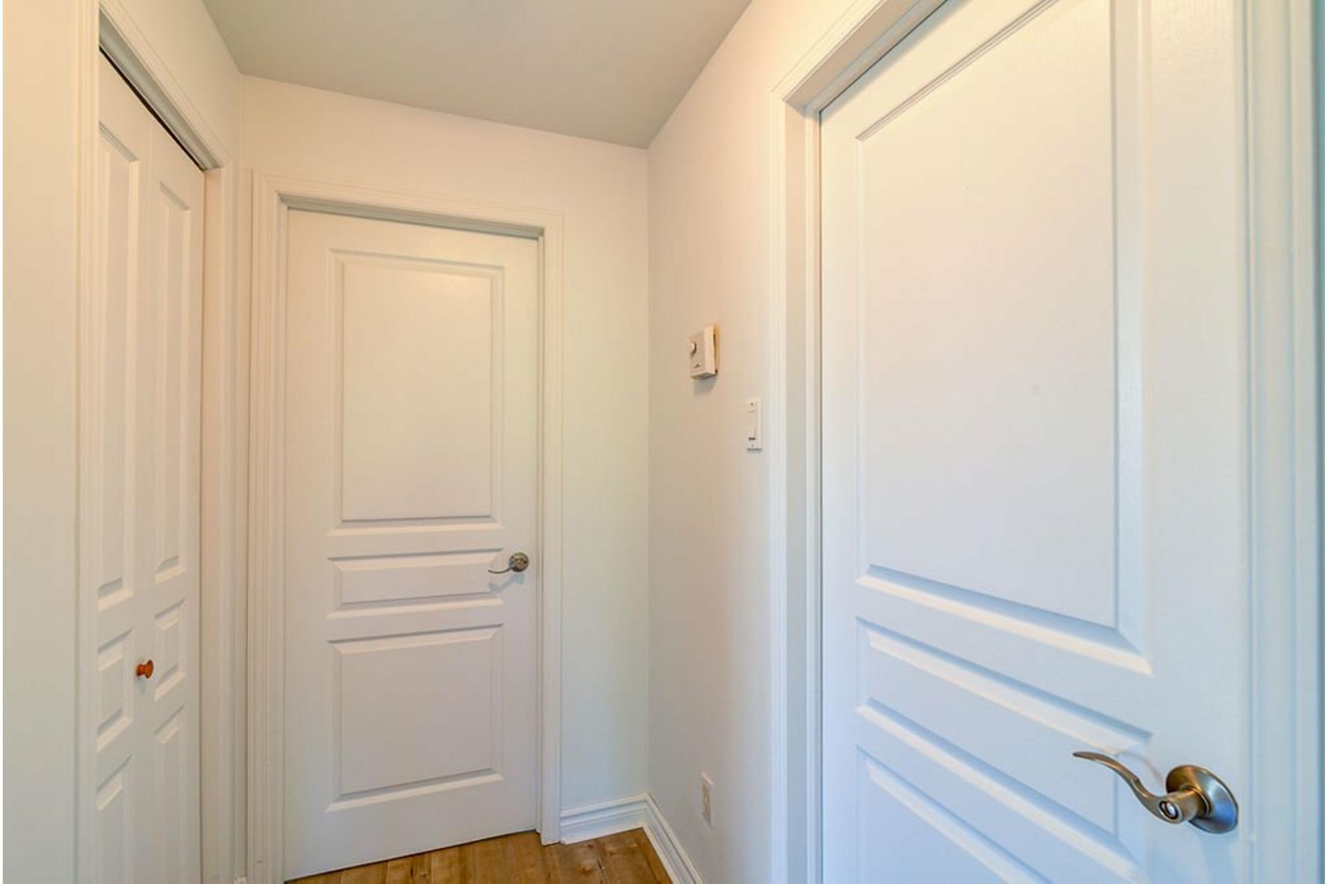image 15 - Appartement À vendre Sainte-Adèle - 6 pièces