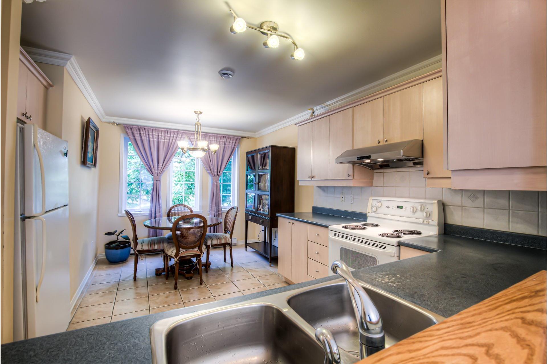 image 9 - Maison À vendre Pierrefonds-Roxboro Montréal  - 8 pièces