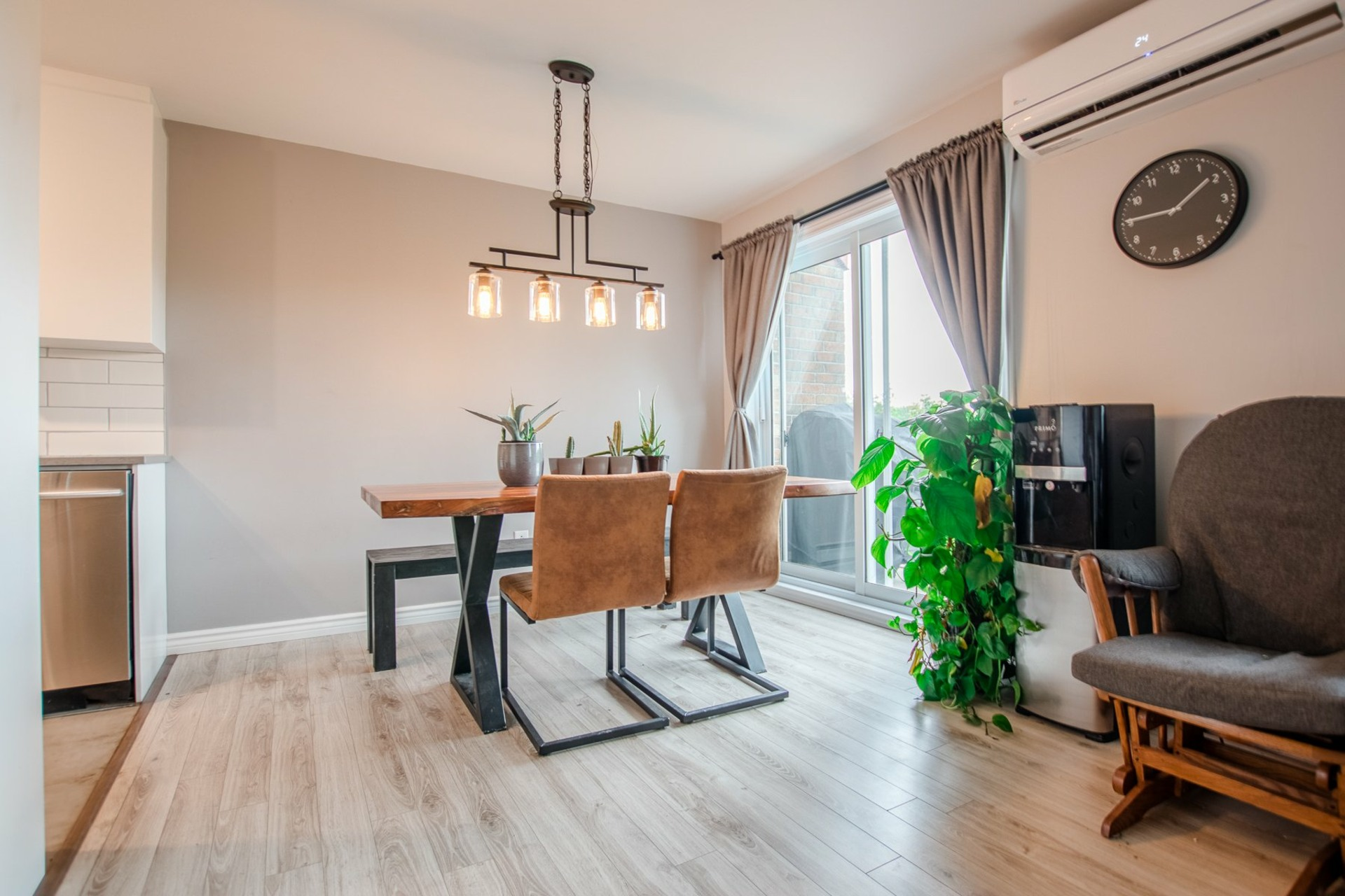 image 4 - Appartement À vendre Châteauguay - 5 pièces