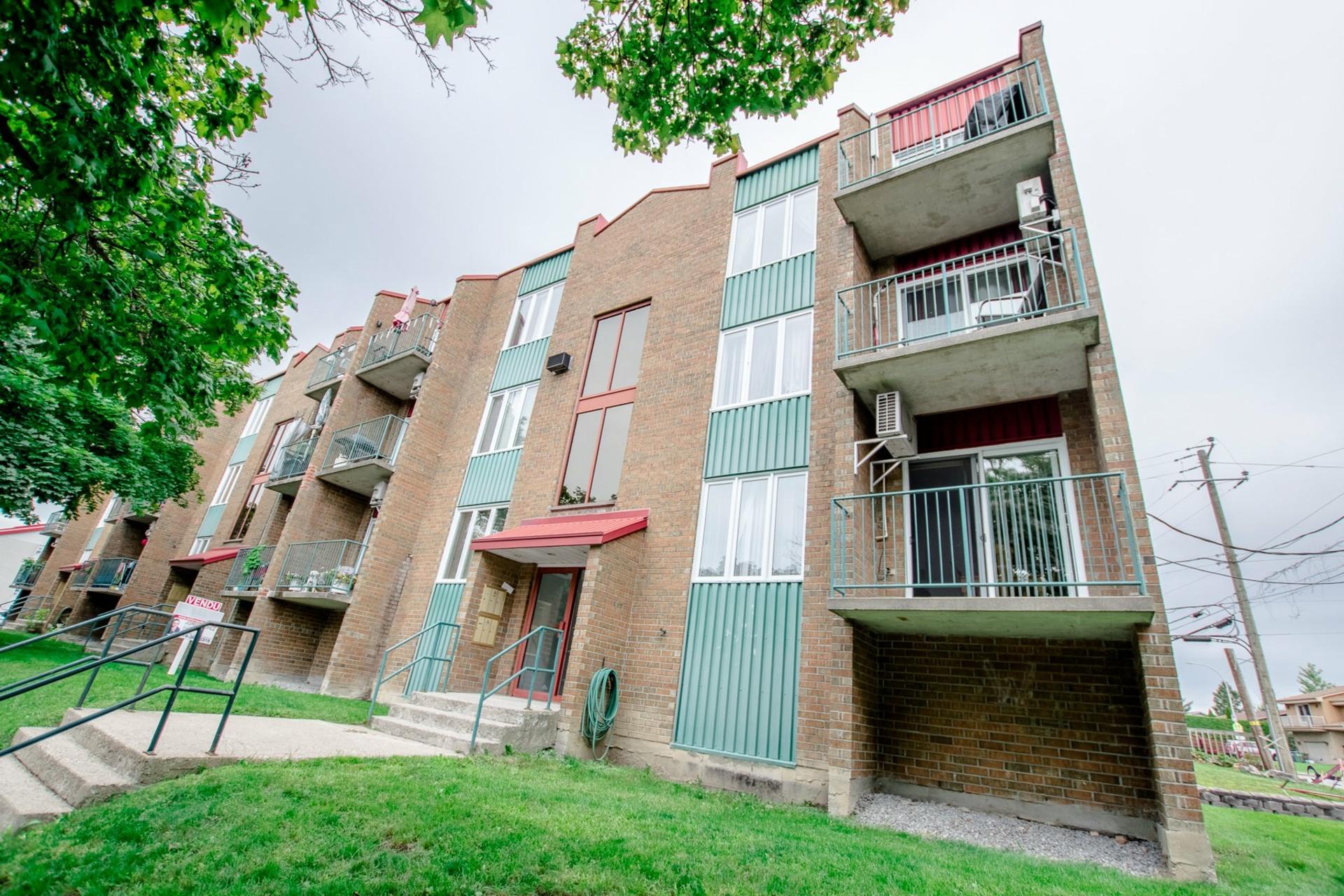 image 21 - Appartement À vendre Châteauguay - 5 pièces