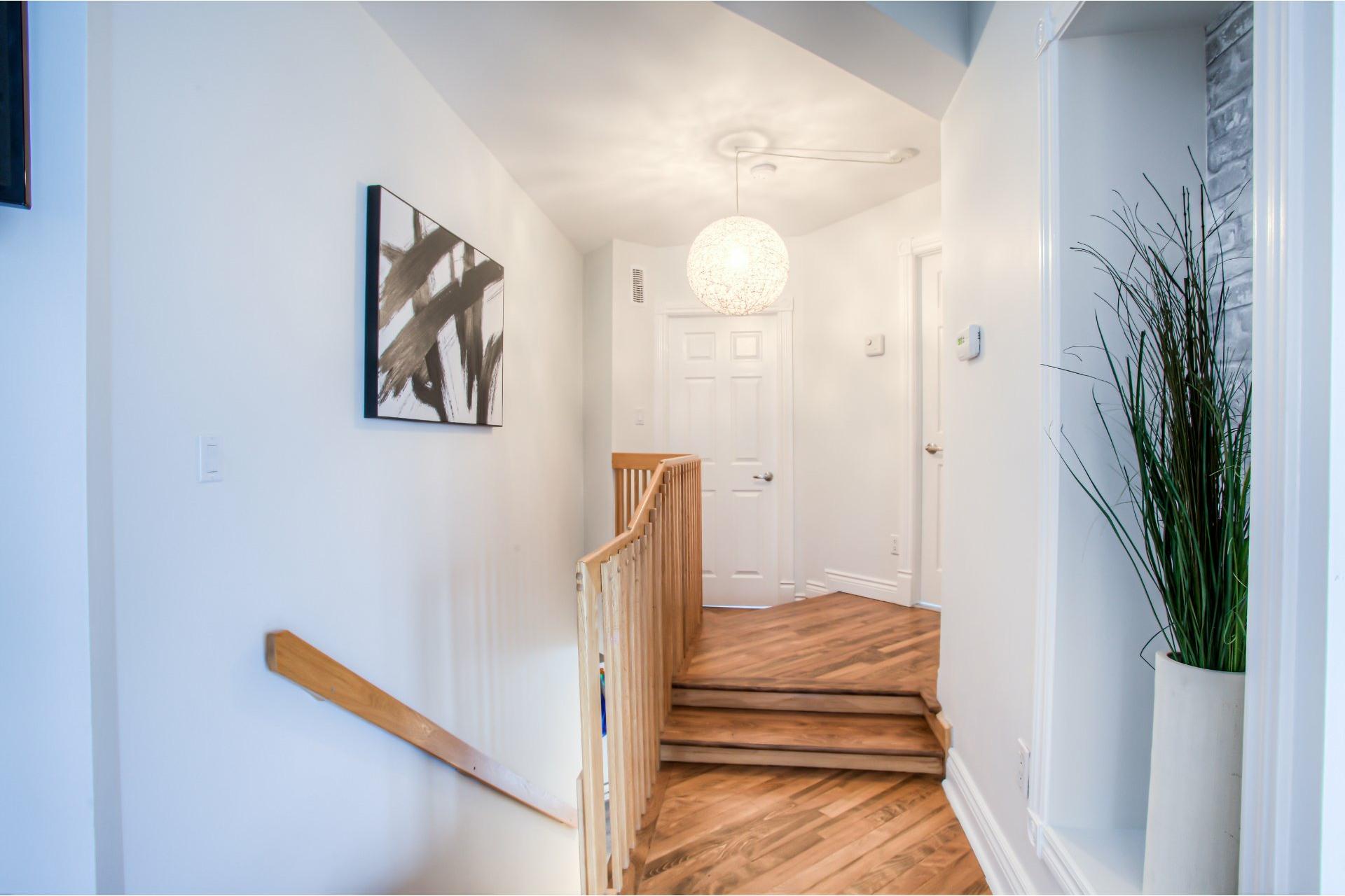 image 3 - Maison À vendre Notre-Dame-de-l'Île-Perrot - 10 pièces