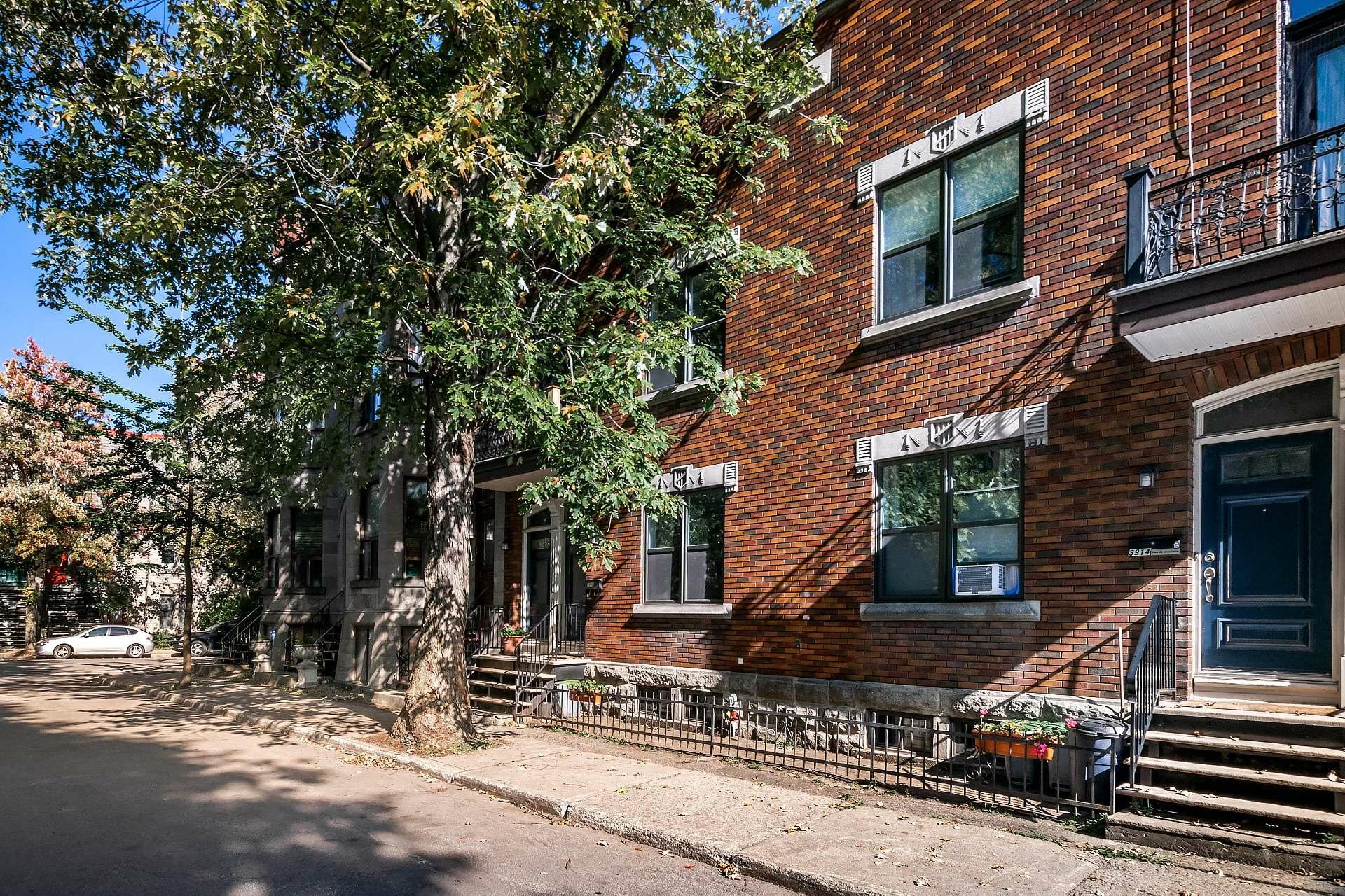 image 29 - Appartement À vendre Le Sud-Ouest Montréal  - 7 pièces