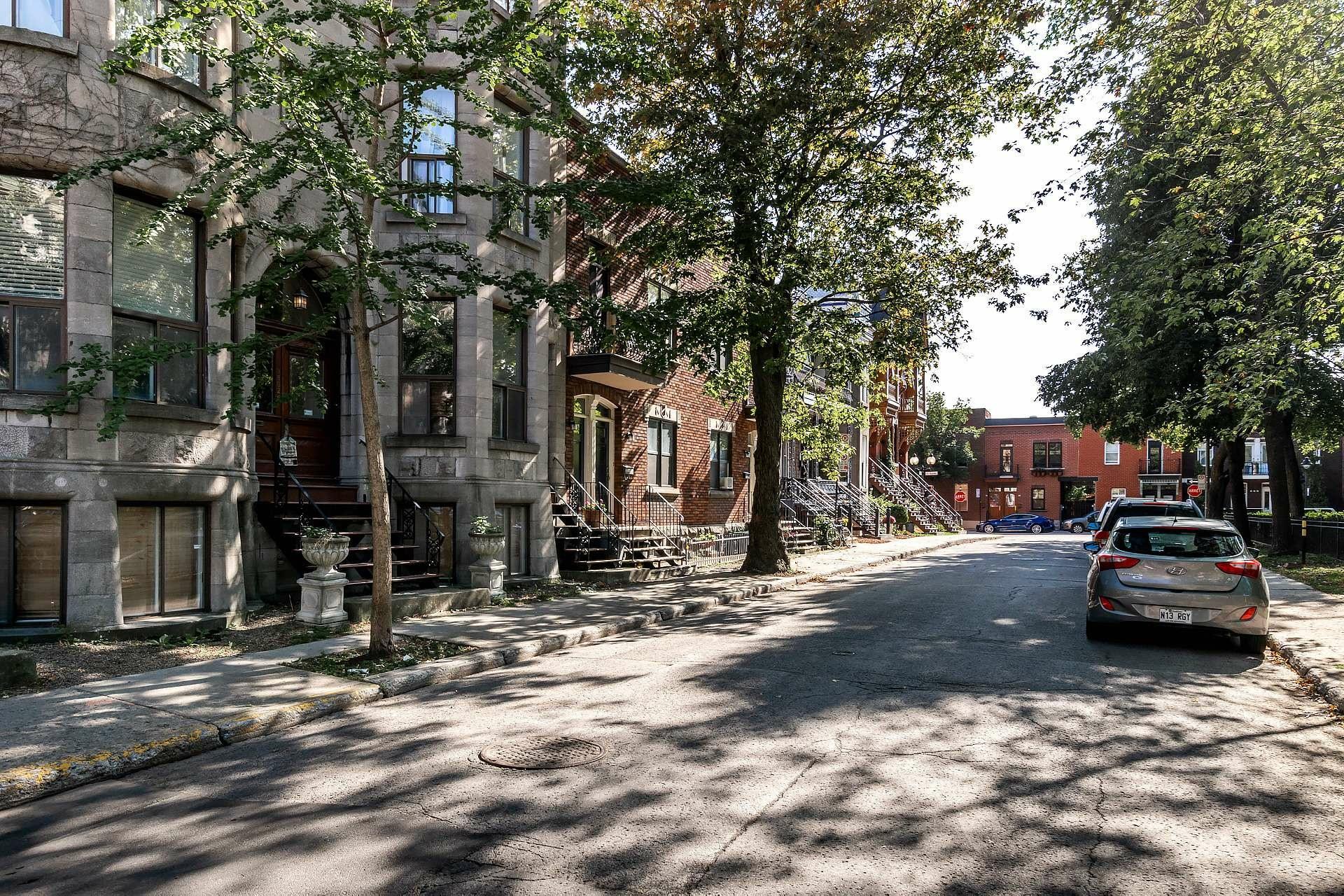 image 33 - Appartement À vendre Le Sud-Ouest Montréal  - 7 pièces