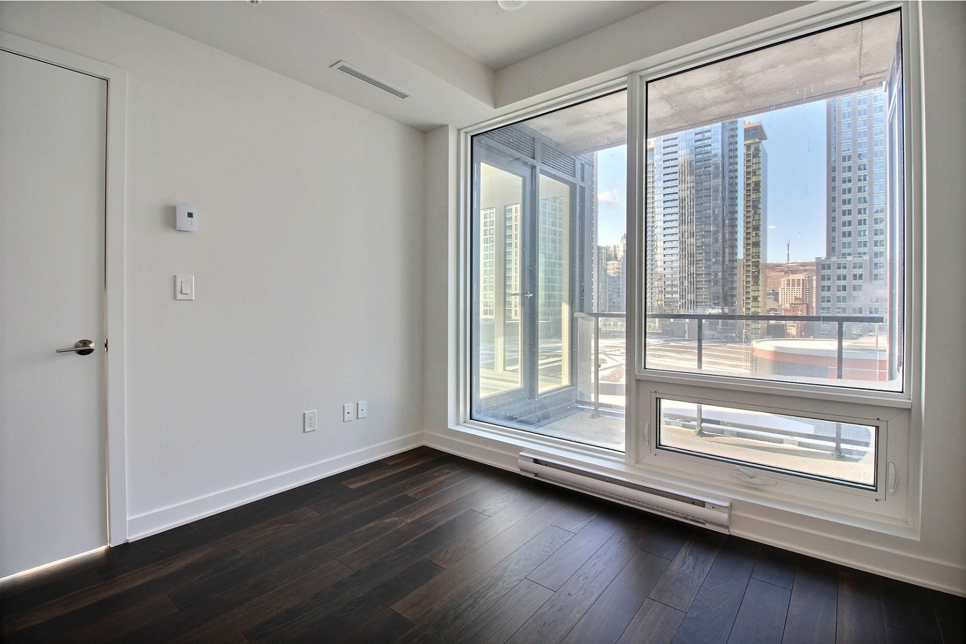 image 8 - Apartment For sale Ville-Marie Montréal  - 7 rooms