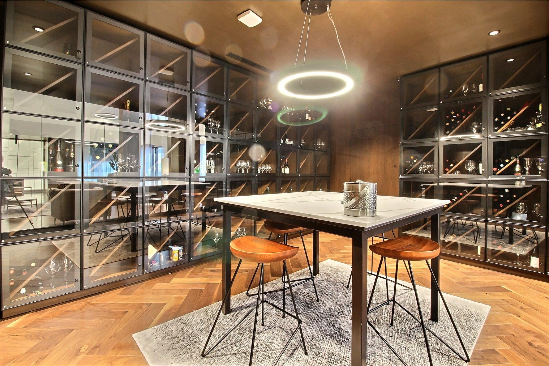 image 24 - Apartment For sale Ville-Marie Montréal  - 7 rooms