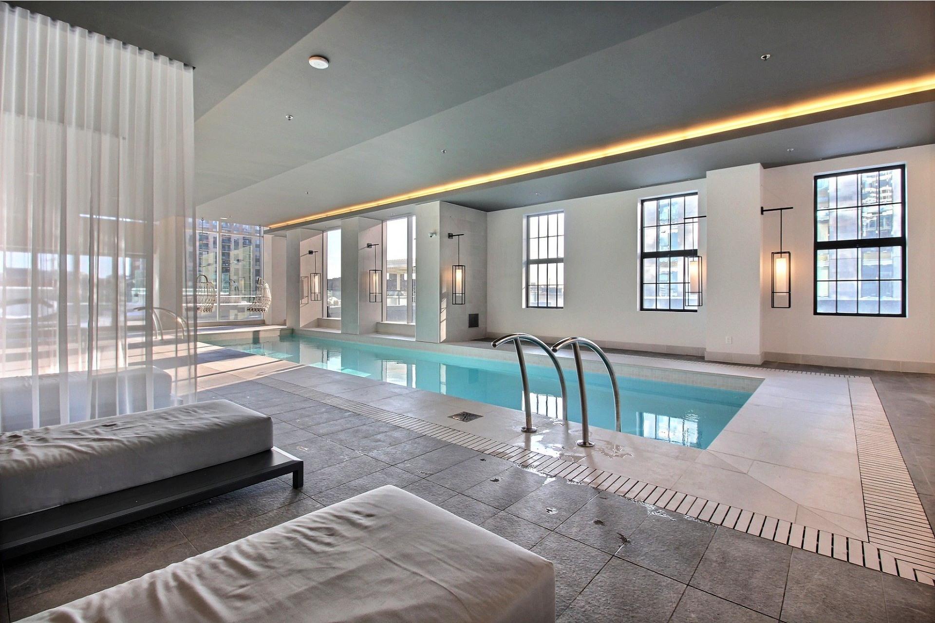 image 25 - Apartment For sale Ville-Marie Montréal  - 7 rooms