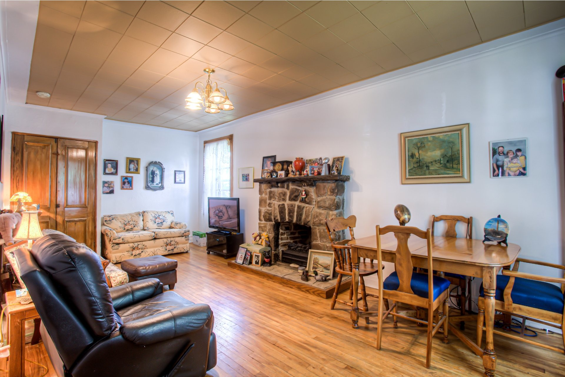 image 9 - House For sale Dorval - 10 rooms