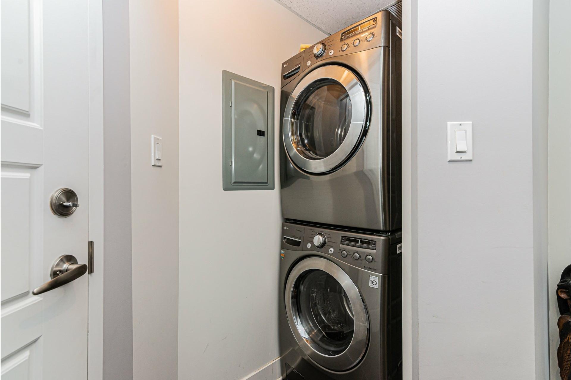 image 24 - Appartement À vendre Dorval - 7 pièces
