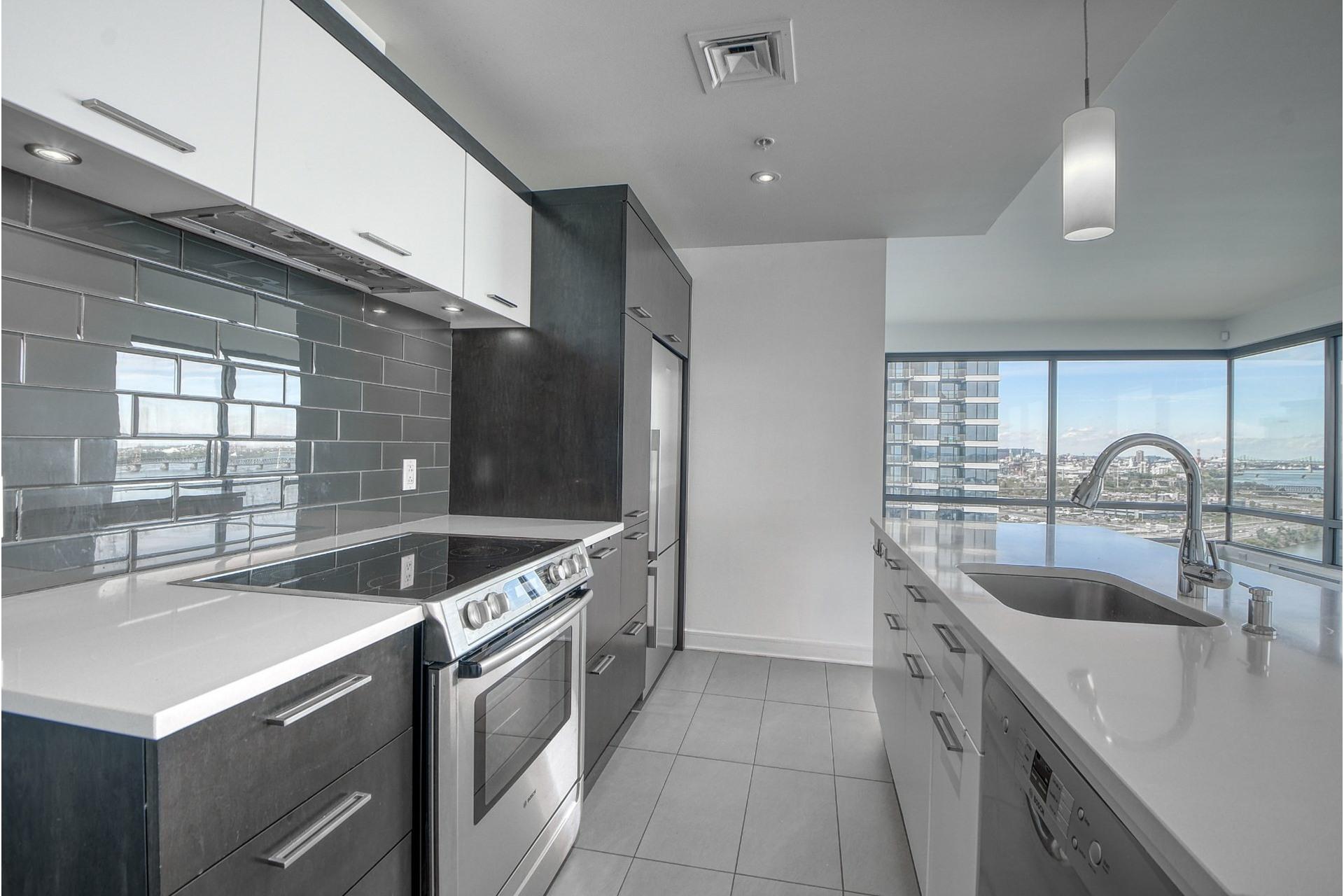 image 11 - Apartment For rent Verdun/Île-des-Soeurs Montréal  - 6 rooms