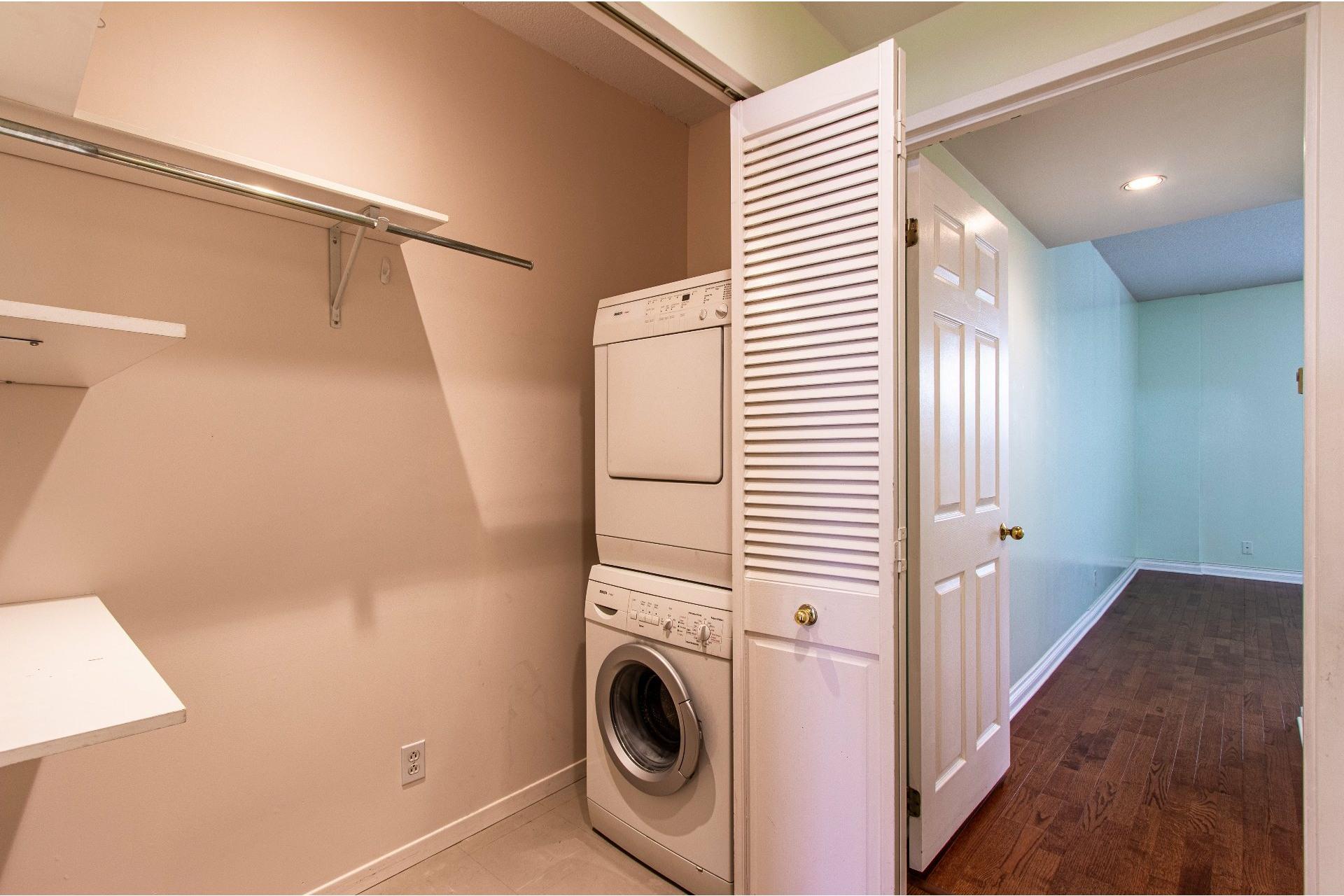 image 9 - Appartement À vendre Pointe-Claire - 8 pièces