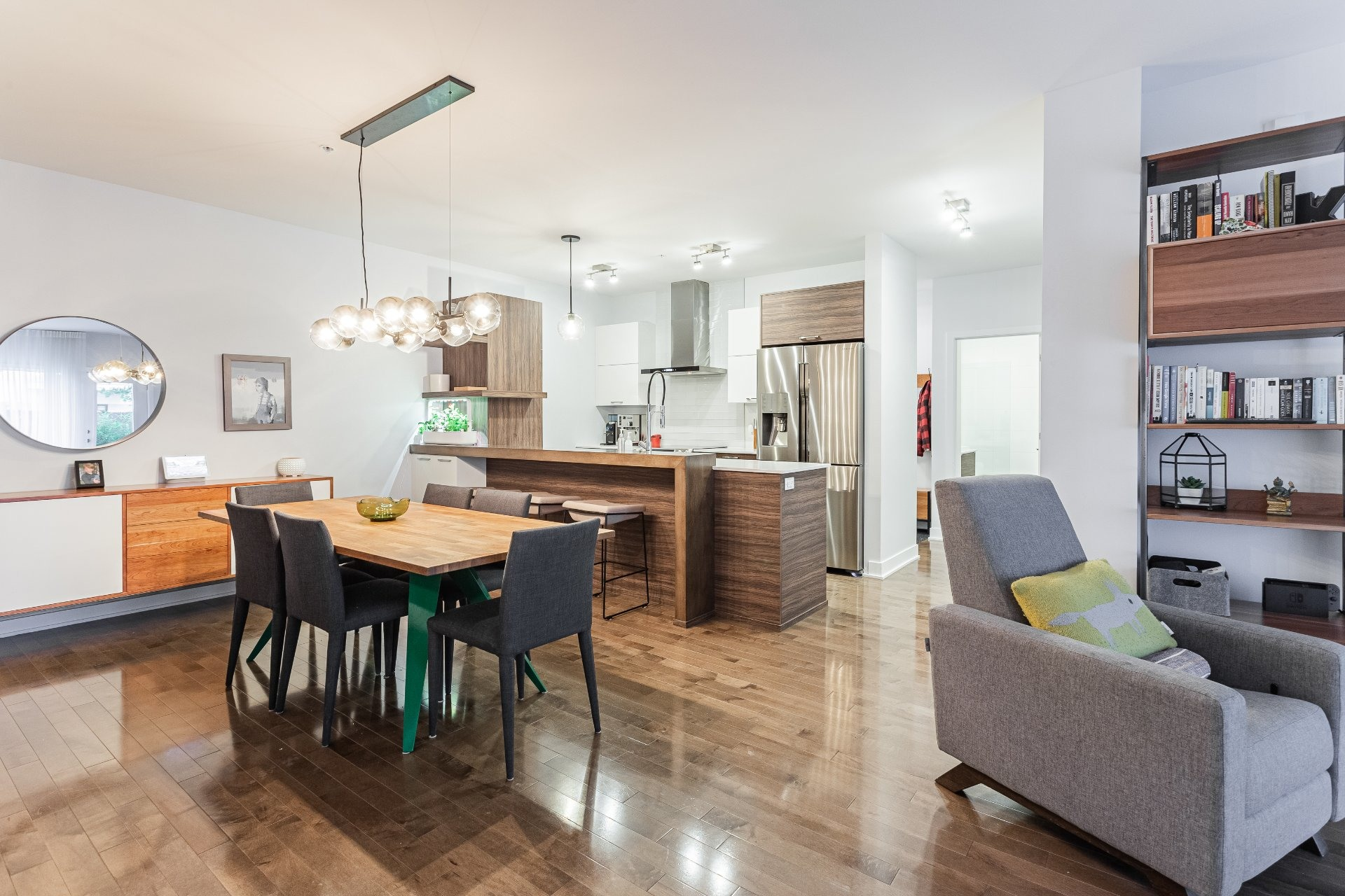 image 3 - Appartement À louer Rosemont/La Petite-Patrie Montréal  - 8 pièces