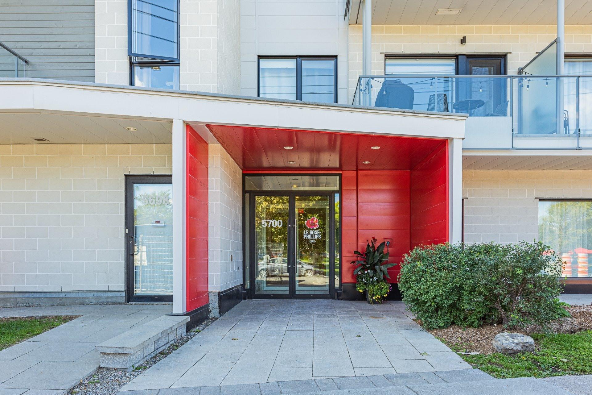 image 2 - Appartement À louer Rosemont/La Petite-Patrie Montréal  - 8 pièces