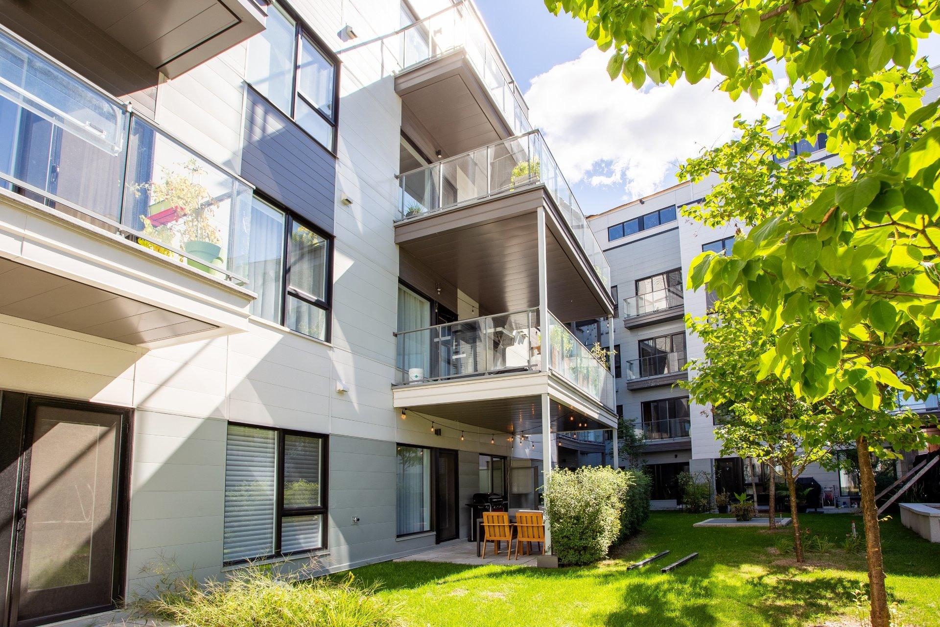 image 19 - Appartement À louer Rosemont/La Petite-Patrie Montréal  - 8 pièces