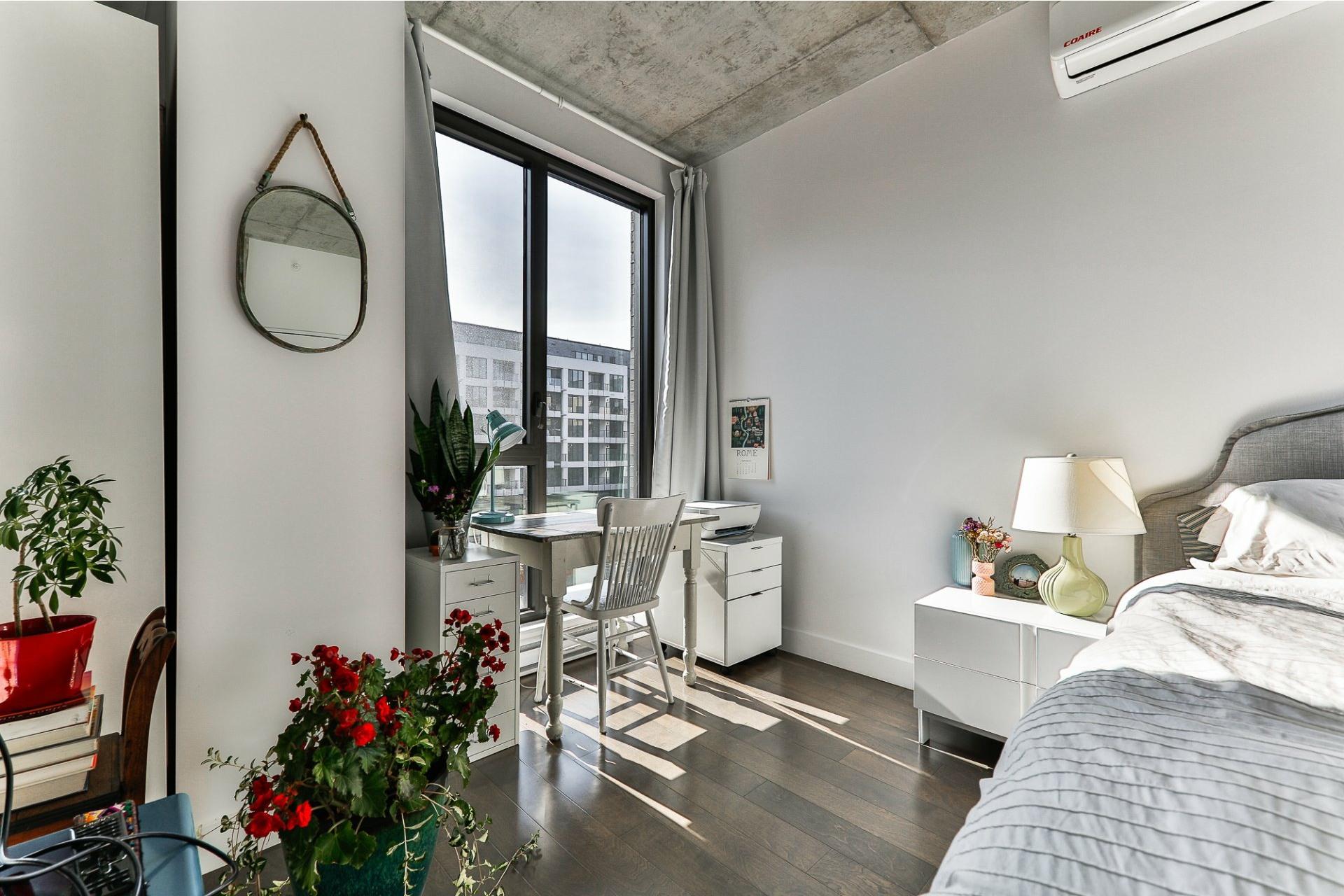 image 4 - Appartement À vendre Villeray/Saint-Michel/Parc-Extension Montréal  - 4 pièces