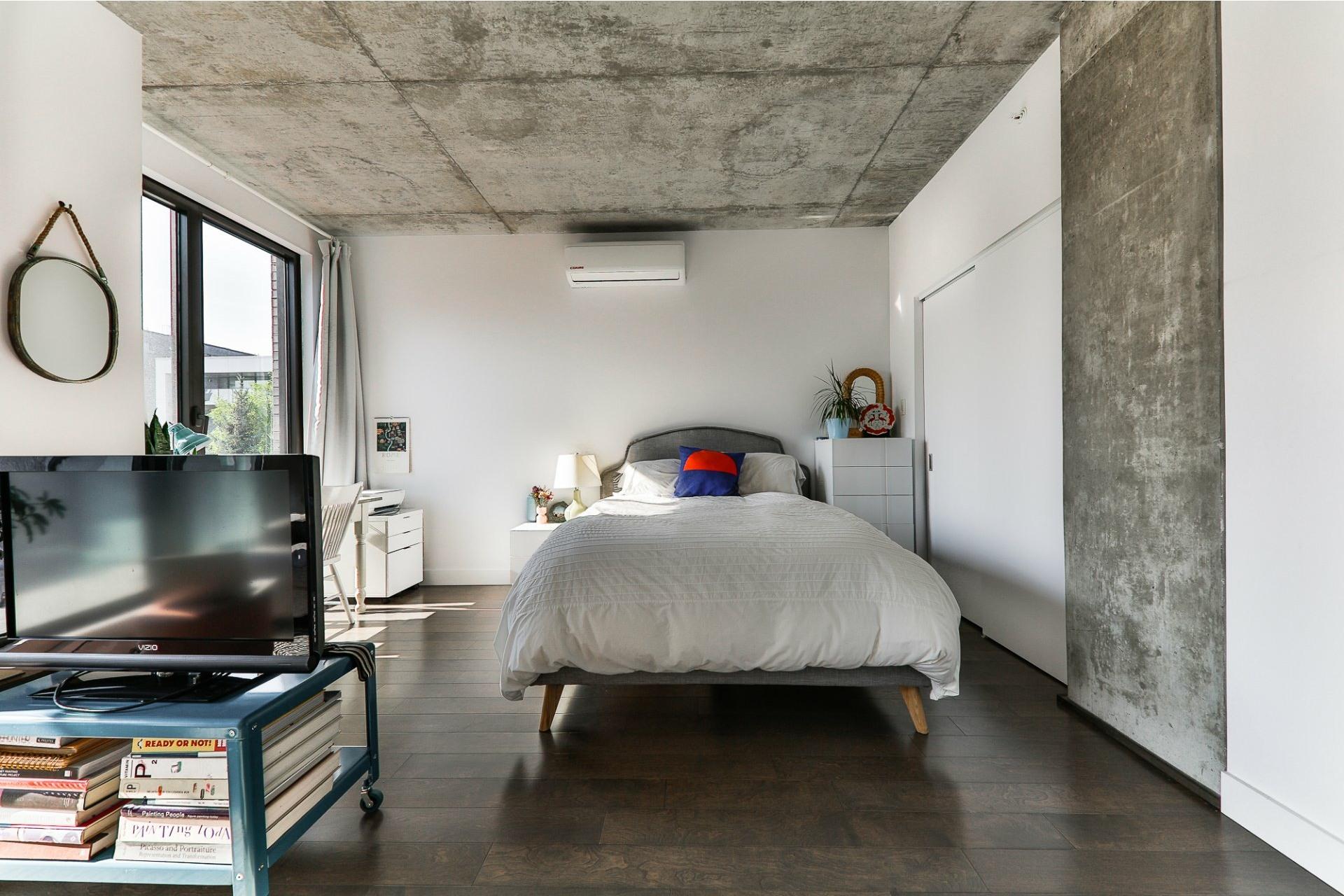 image 3 - Appartement À vendre Villeray/Saint-Michel/Parc-Extension Montréal  - 4 pièces