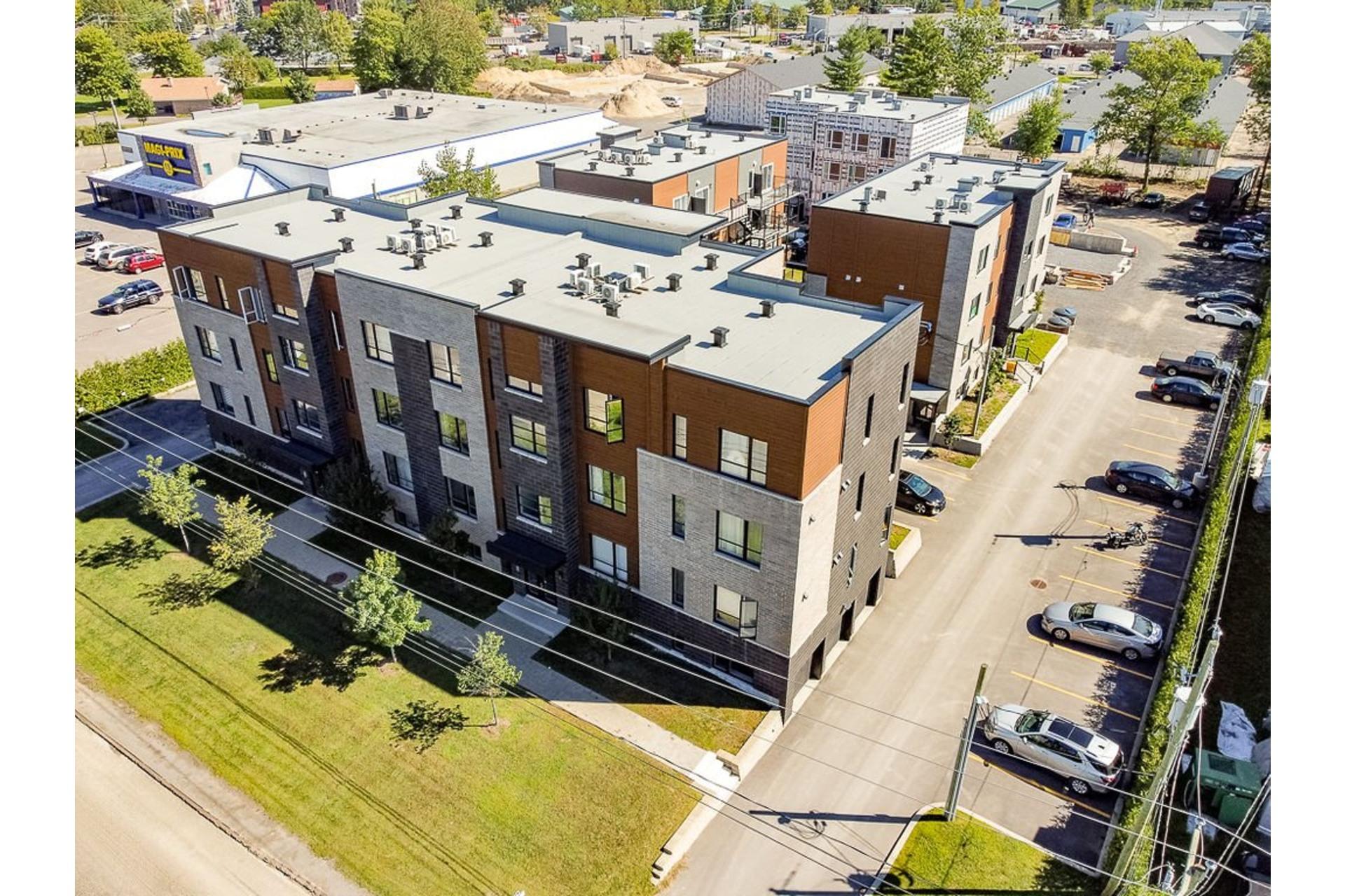 image 12 - Apartment For sale Sainte-Anne-des-Plaines - 4 rooms