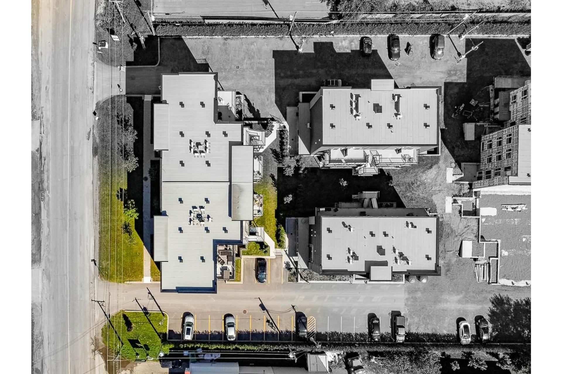 image 11 - Apartment For sale Sainte-Anne-des-Plaines - 4 rooms