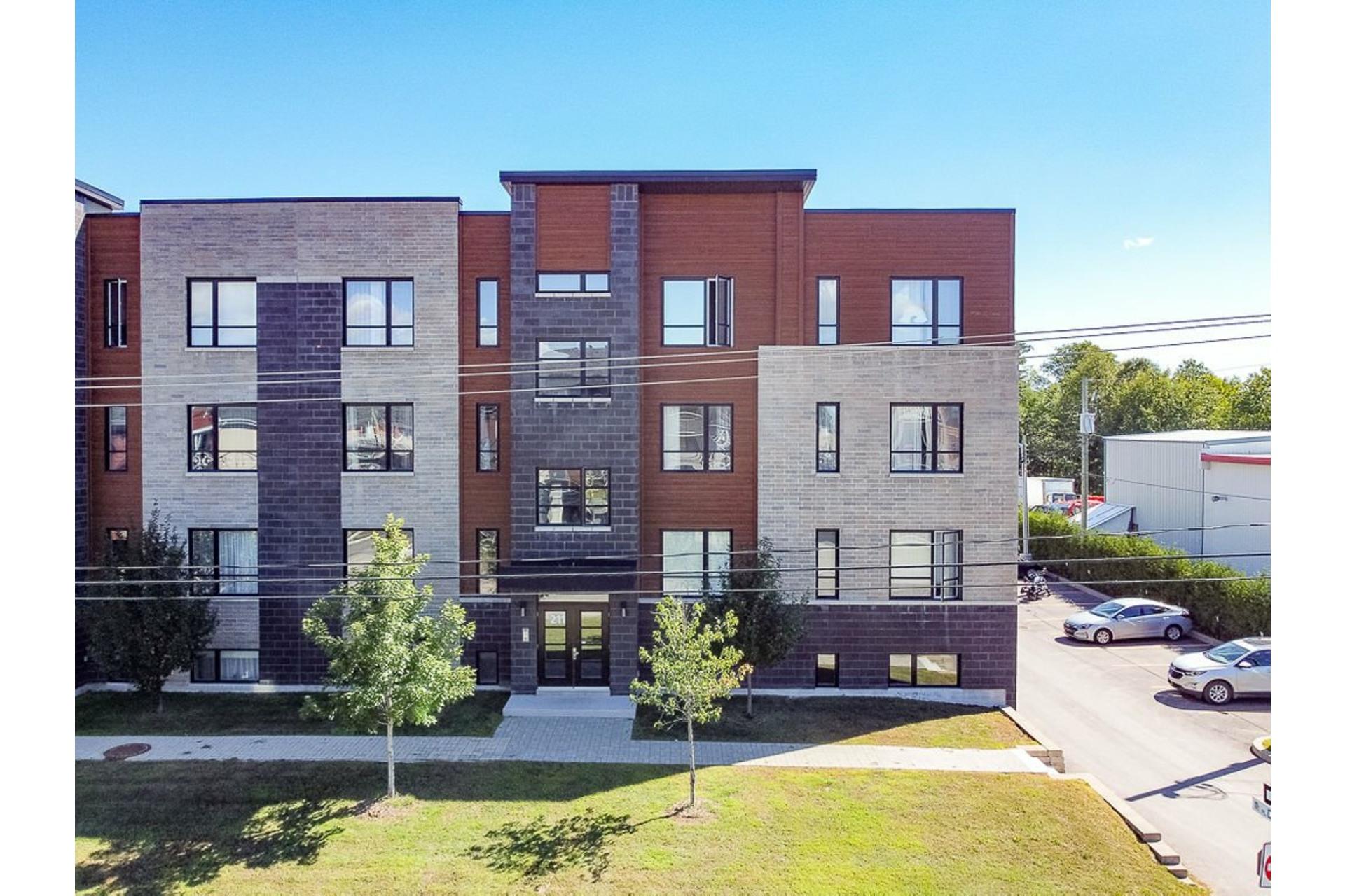 image 13 - Apartment For sale Sainte-Anne-des-Plaines - 4 rooms