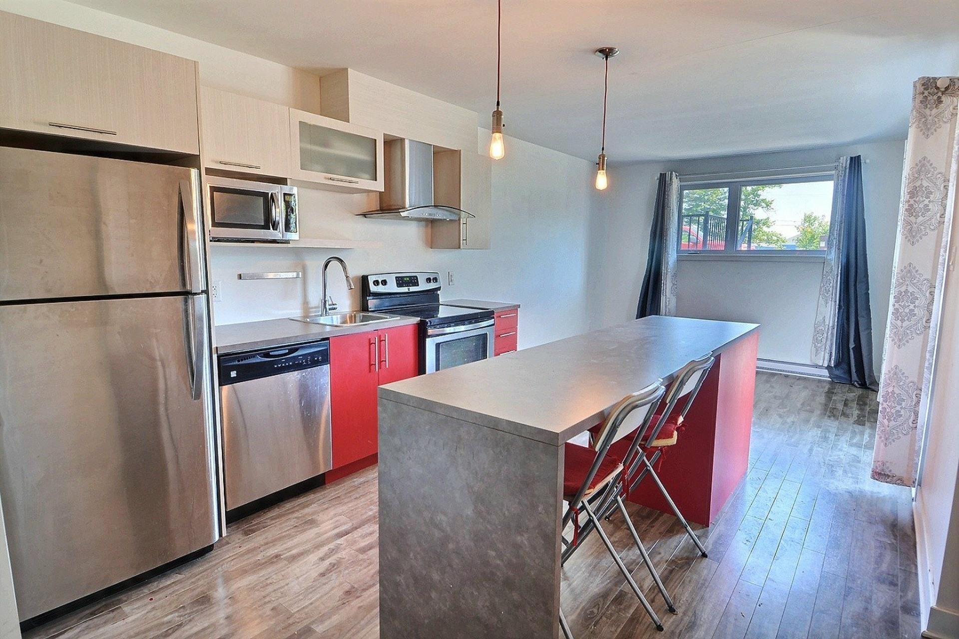 image 1 - Apartment For sale Sainte-Anne-des-Plaines - 4 rooms