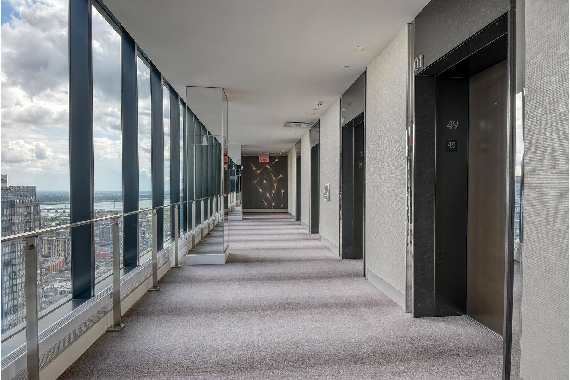image 24 - Appartement À louer Ville-Marie Montréal  - 6 pièces