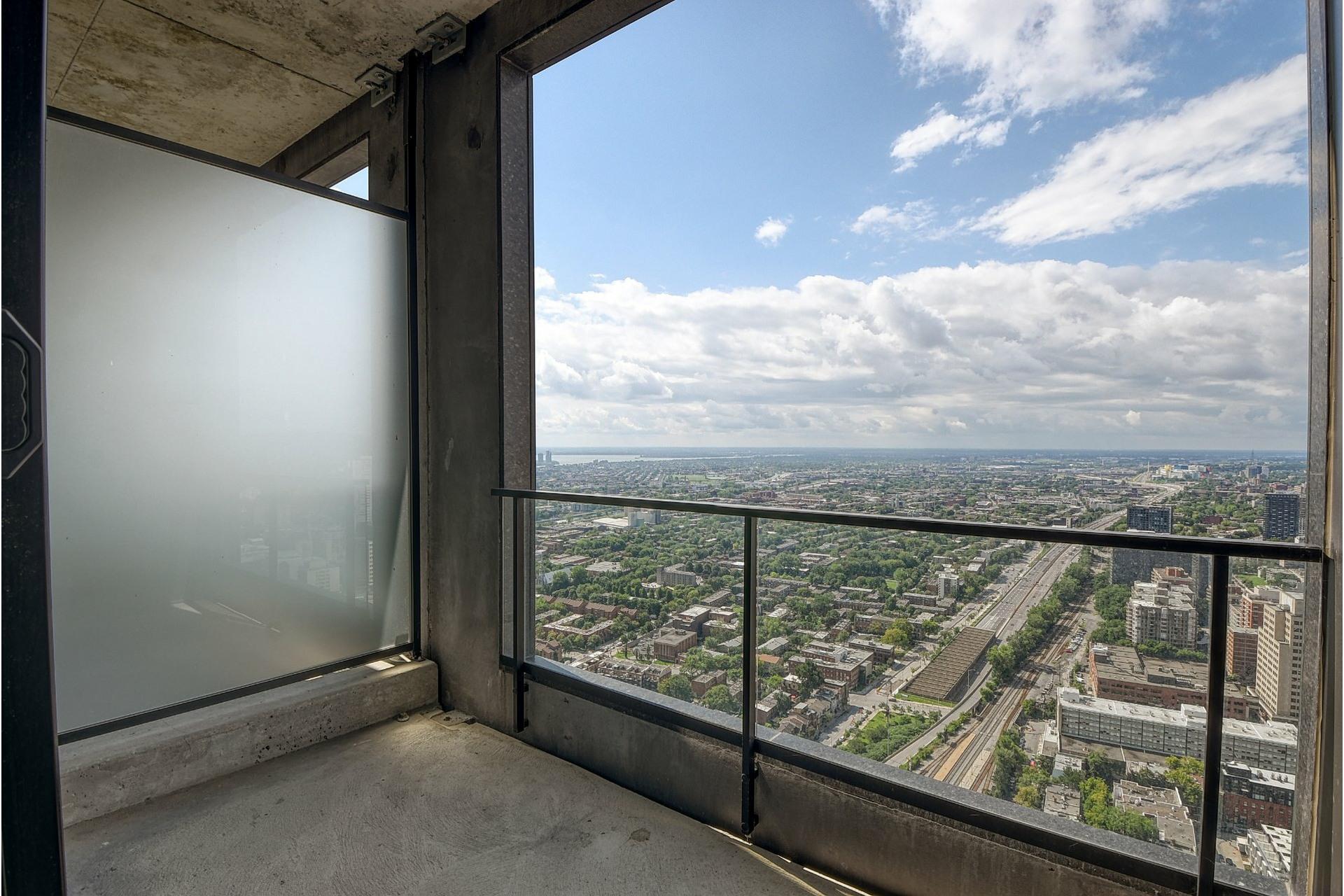 image 25 - Apartment For rent Ville-Marie Montréal  - 6 rooms
