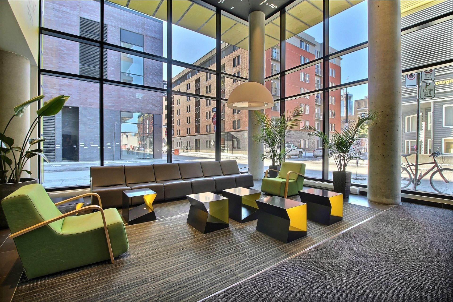 image 1 - Appartement À vendre Le Sud-Ouest Montréal  - 4 pièces
