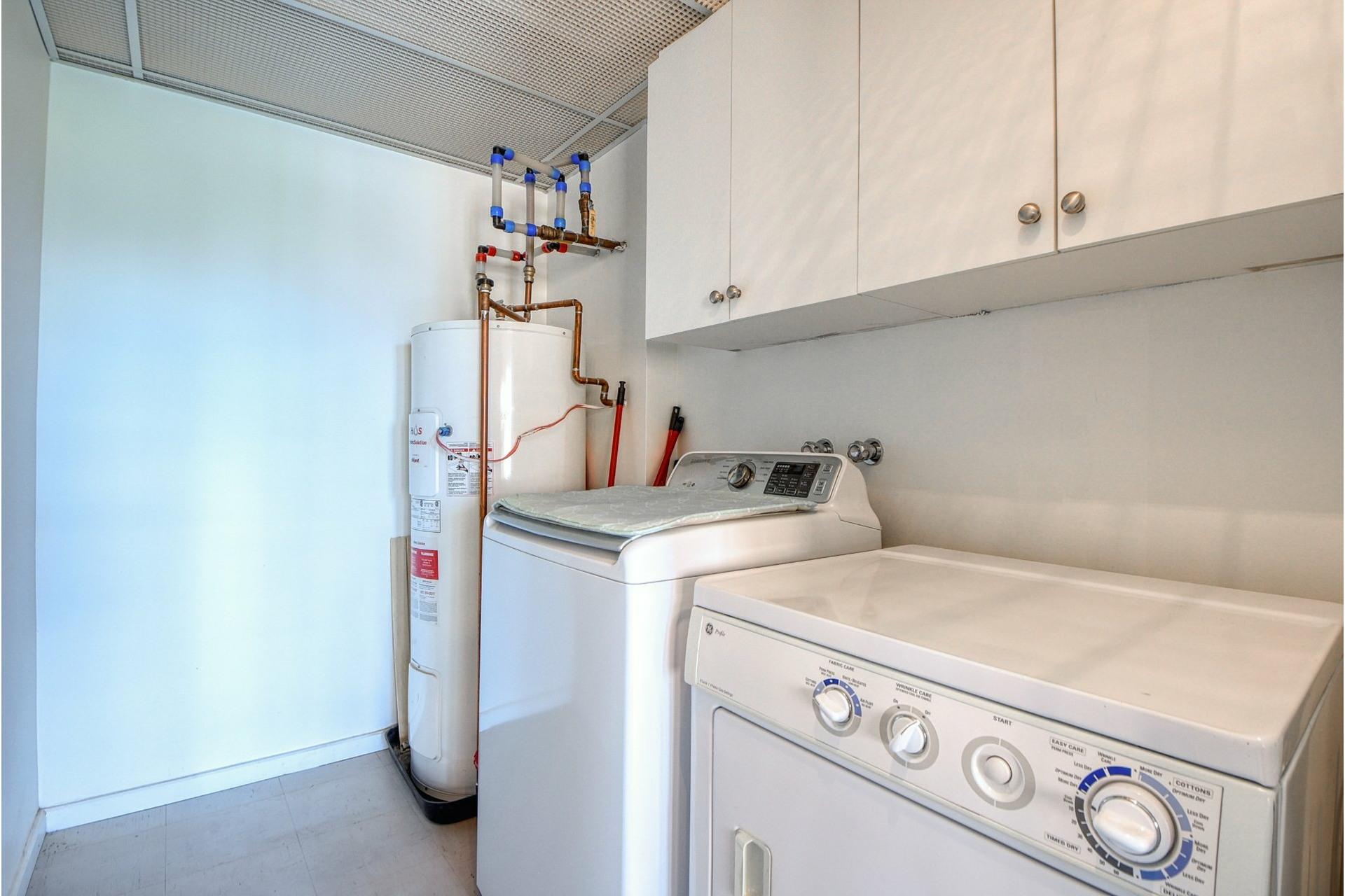 image 21 - Apartment For rent Verdun/Île-des-Soeurs Montréal  - 6 rooms