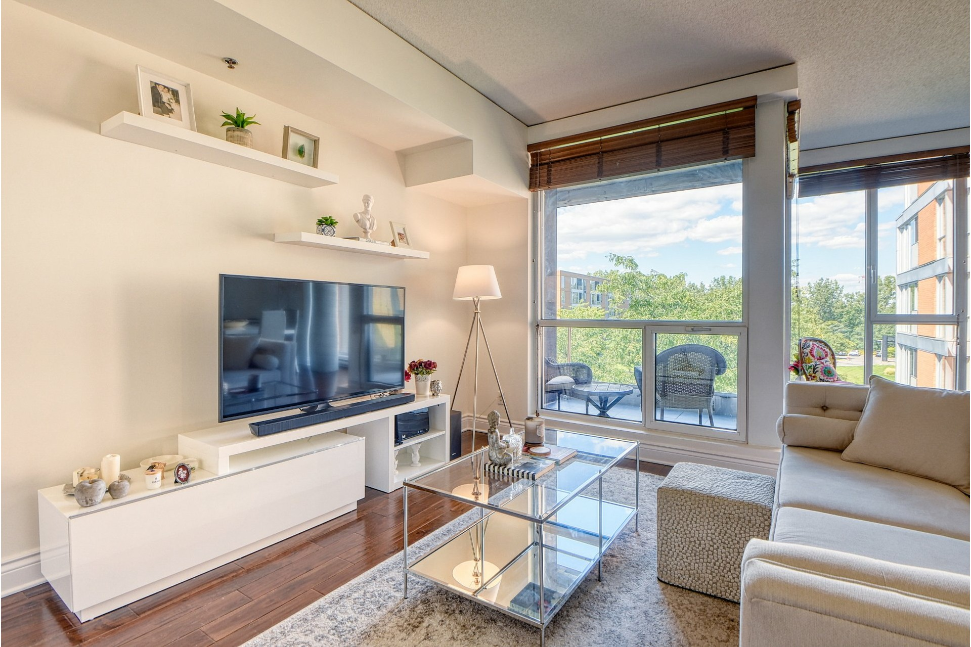 image 2 - Apartment For rent Verdun/Île-des-Soeurs Montréal  - 6 rooms