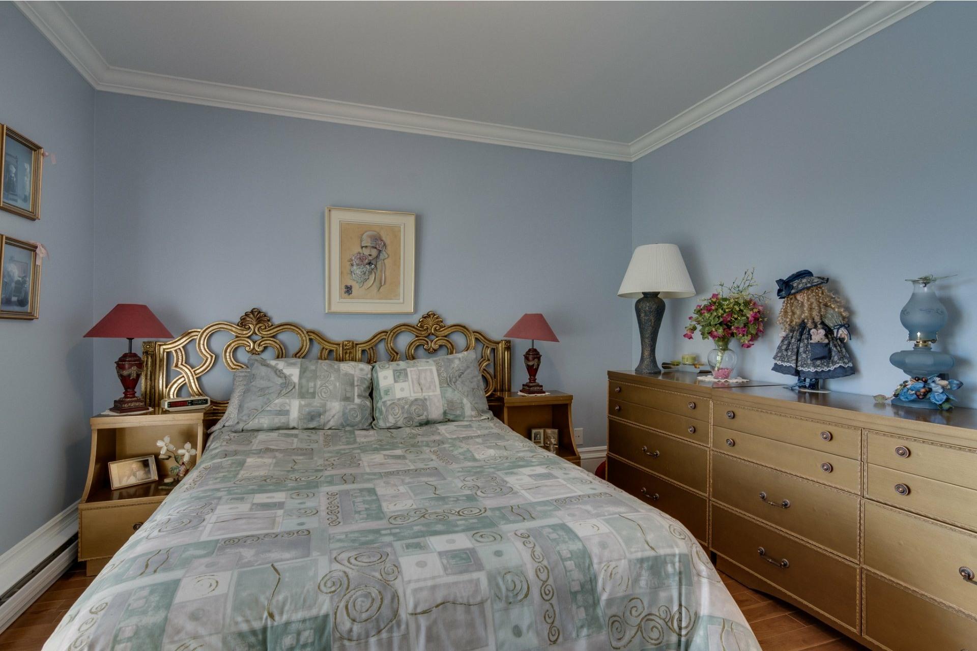 image 25 - Farmhouse For sale Boisbriand - 10 rooms