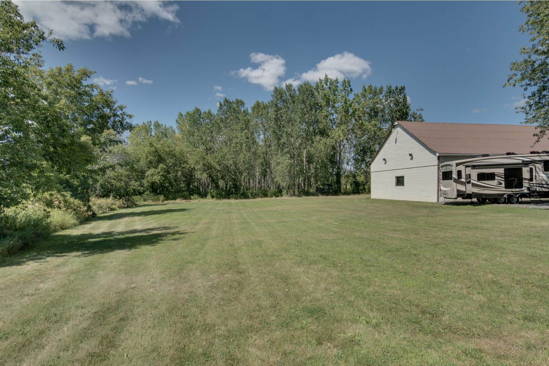 image 8 - Farmhouse For sale Boisbriand - 10 rooms
