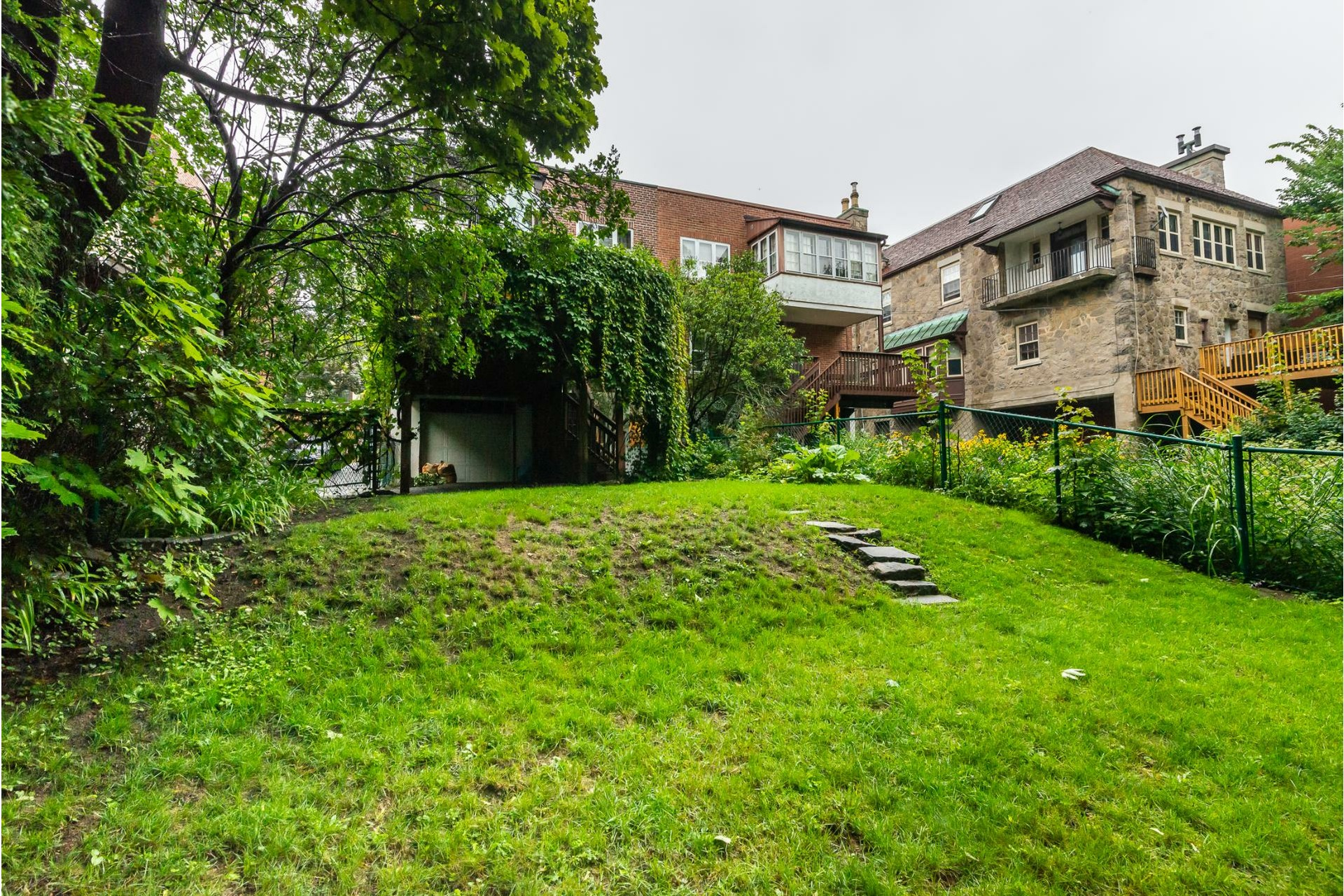 image 30 - House For rent Côte-des-Neiges/Notre-Dame-de-Grâce Montréal  - 9 rooms