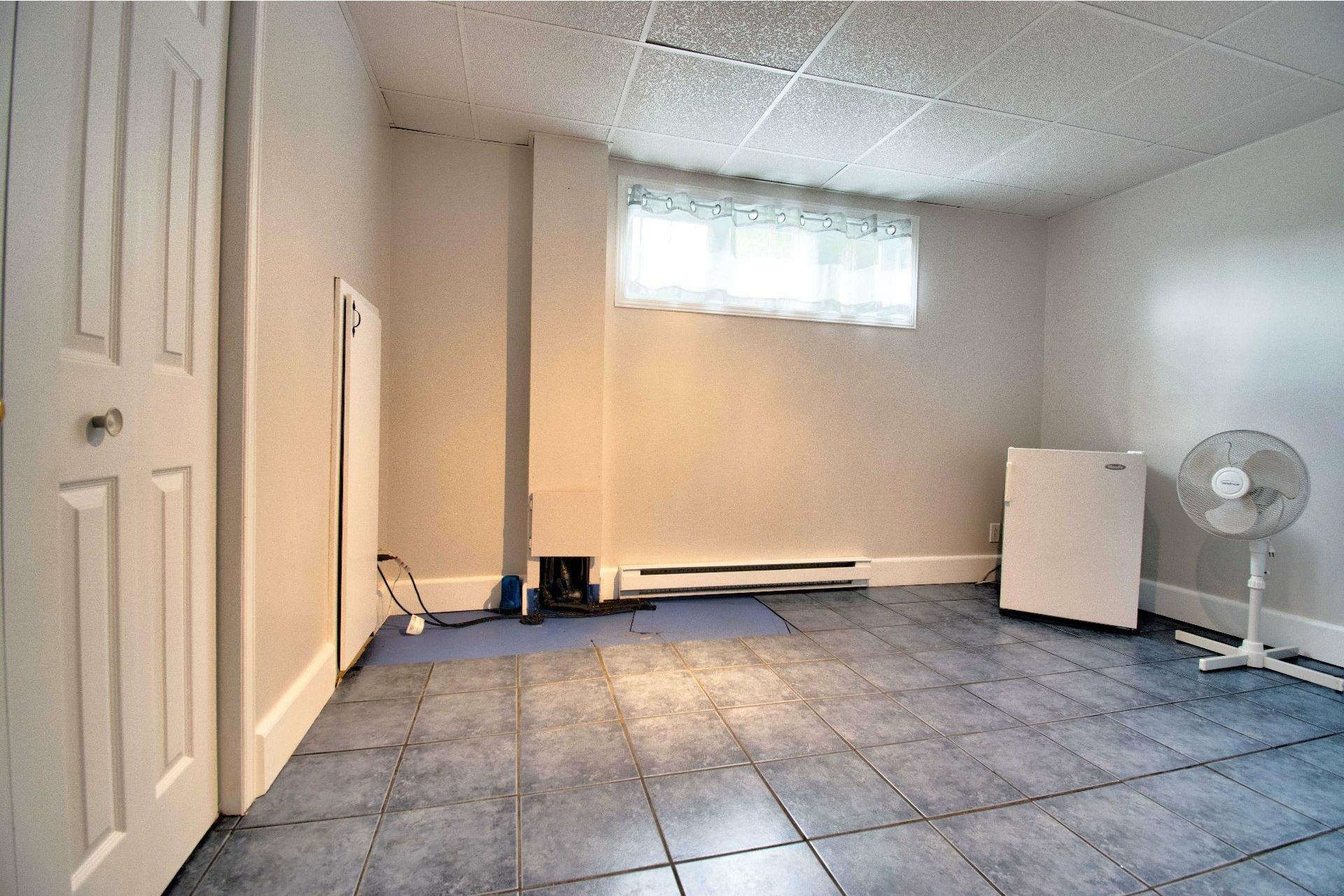 image 18 - Maison À vendre Trois-Rivières - 11 pièces