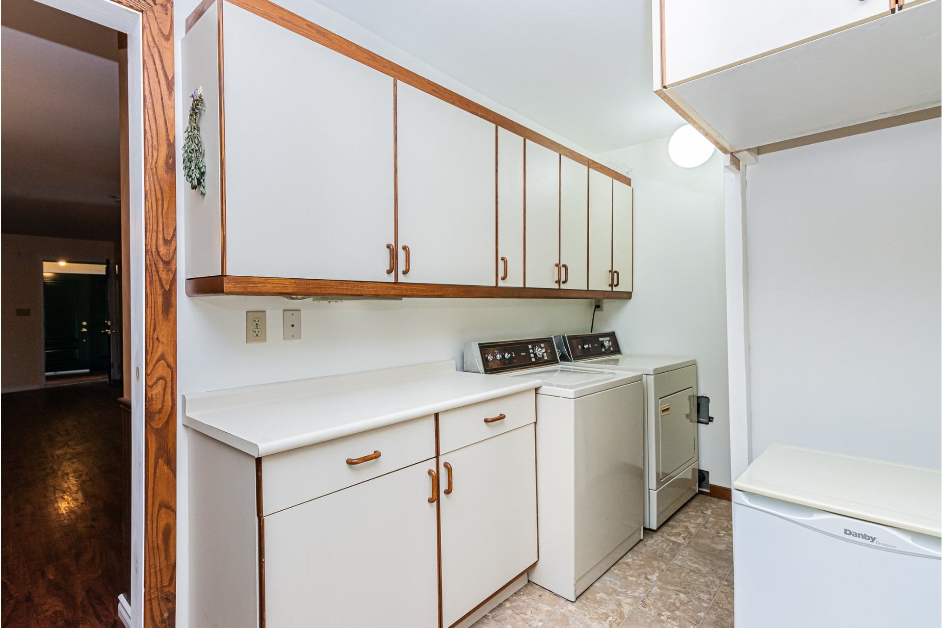 image 10 - House For sale Pointe-Claire - 8 rooms