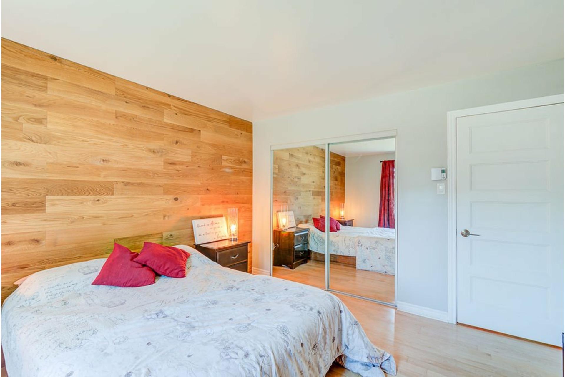 image 17 - House For sale Sainte-Anne-des-Plaines - 13 rooms