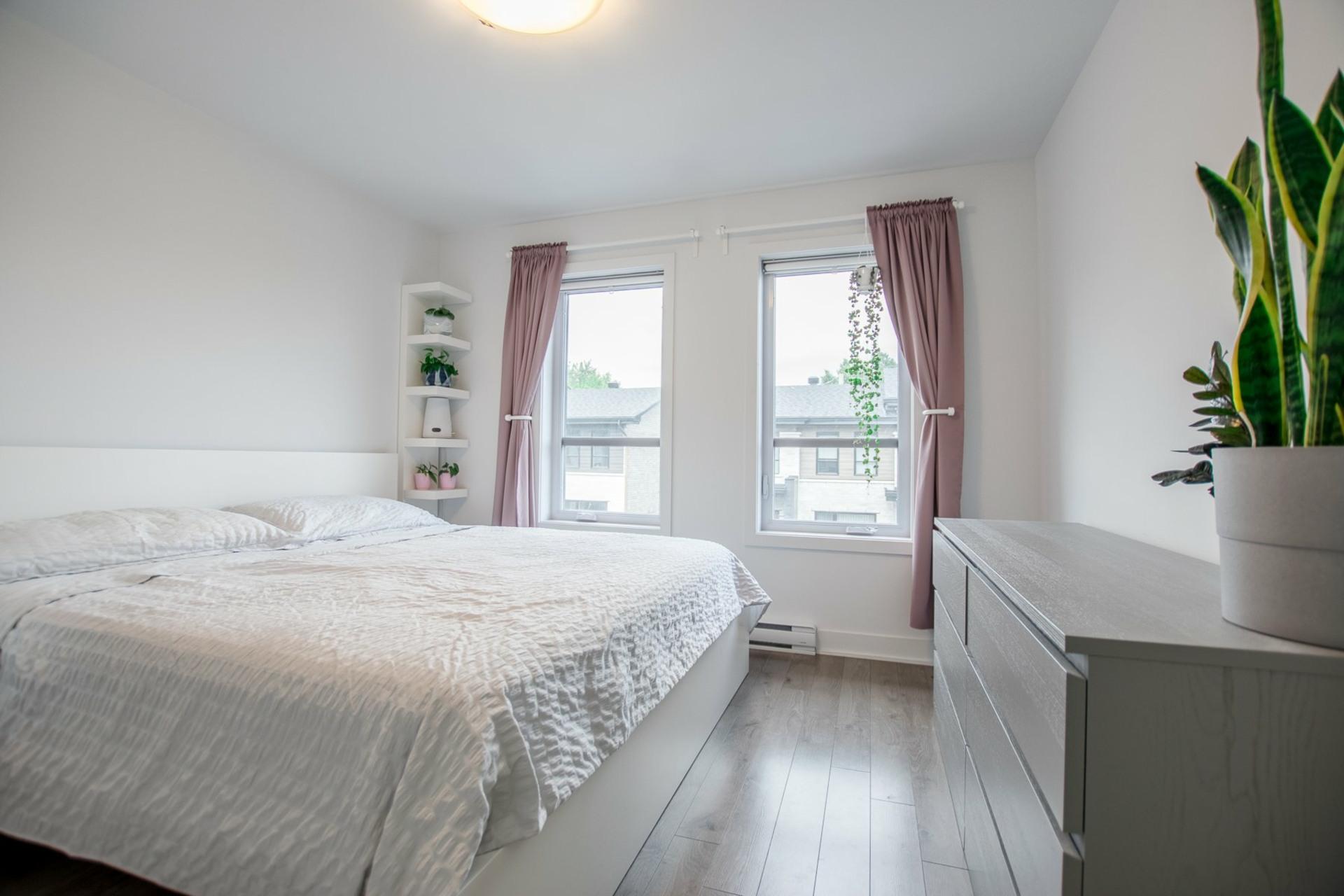 image 18 - House For sale Saint-Constant - 9 rooms