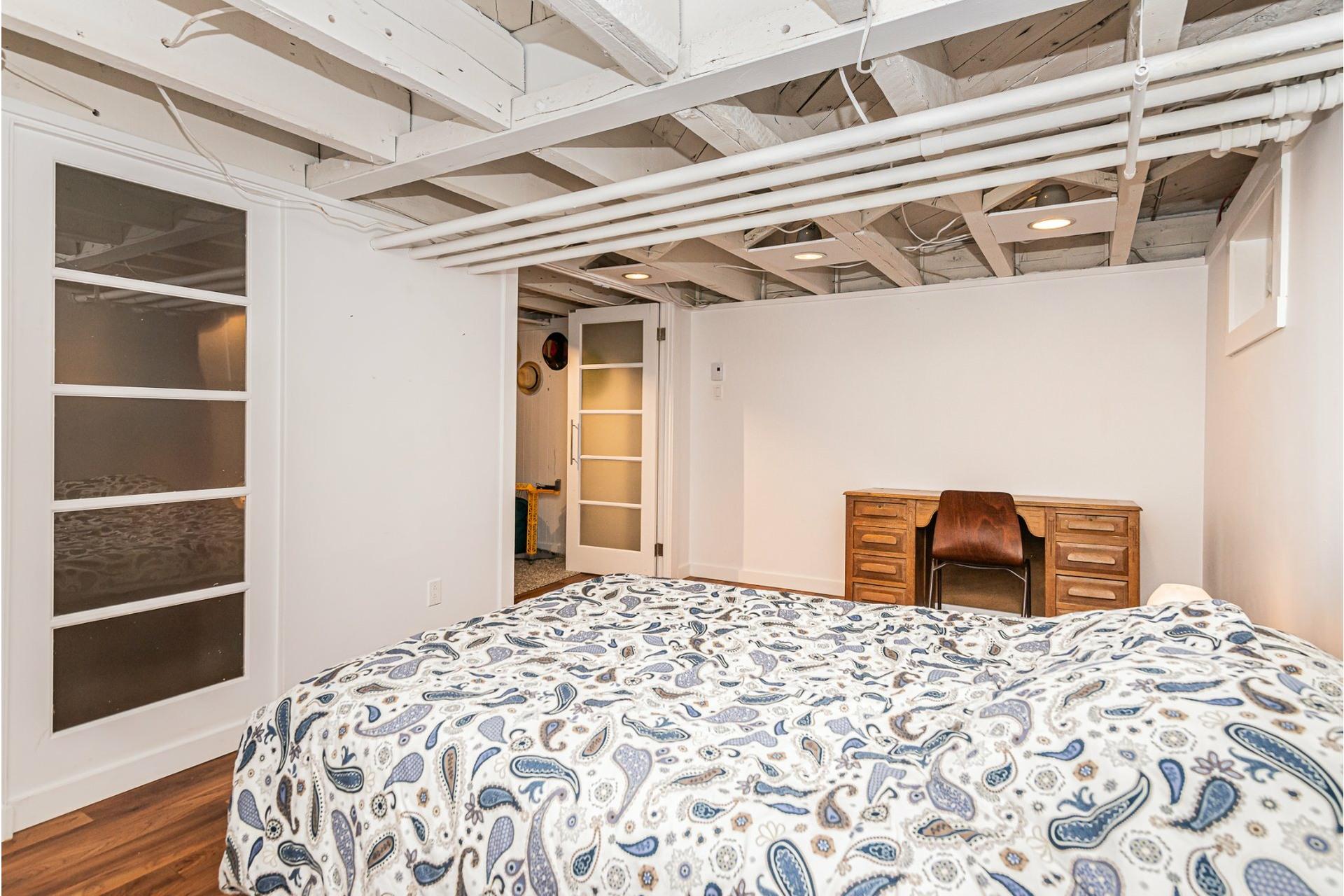 image 23 - Appartement À louer Côte-des-Neiges/Notre-Dame-de-Grâce Montréal  - 10 pièces