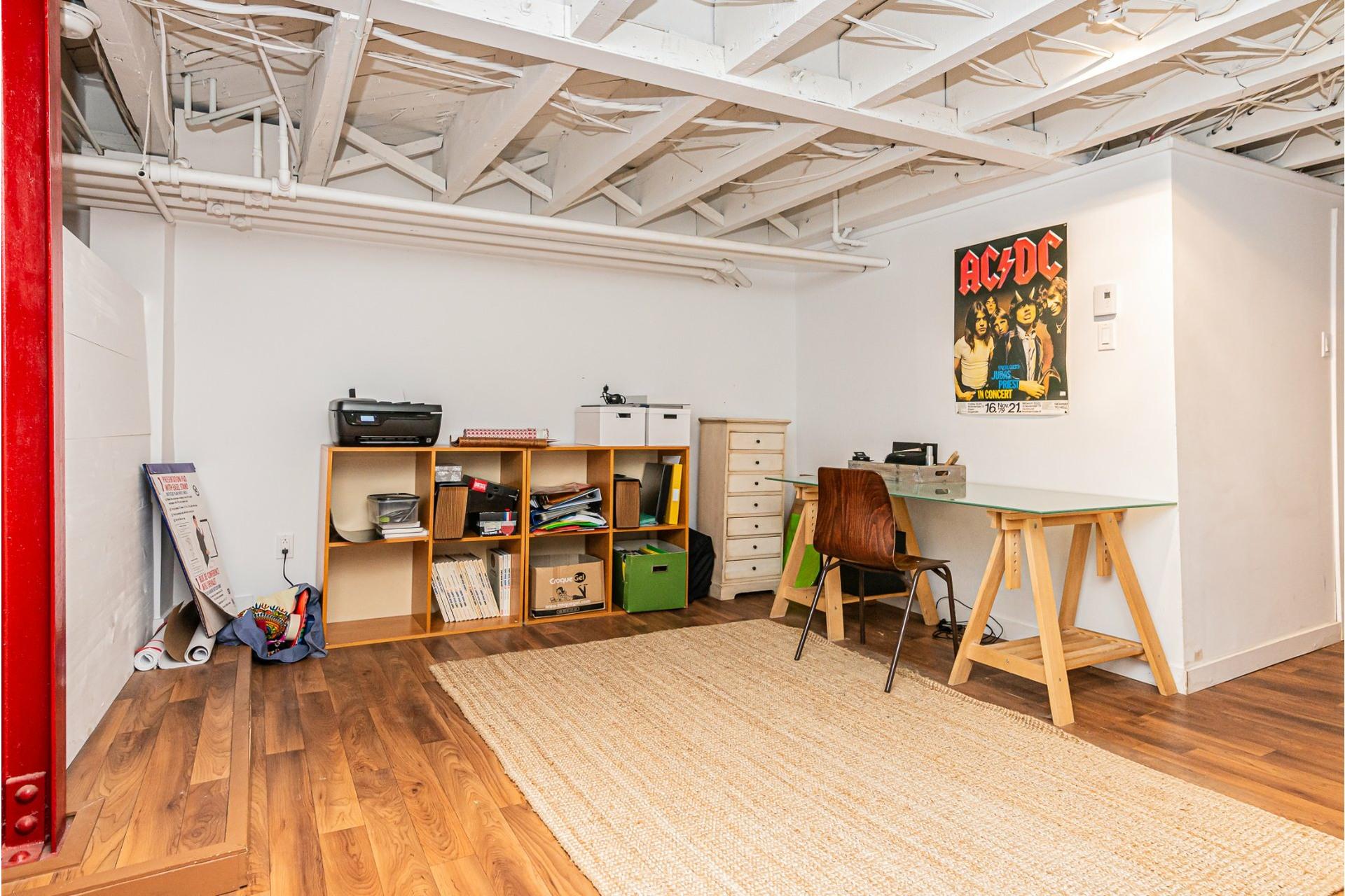 image 19 - Appartement À louer Côte-des-Neiges/Notre-Dame-de-Grâce Montréal  - 10 pièces