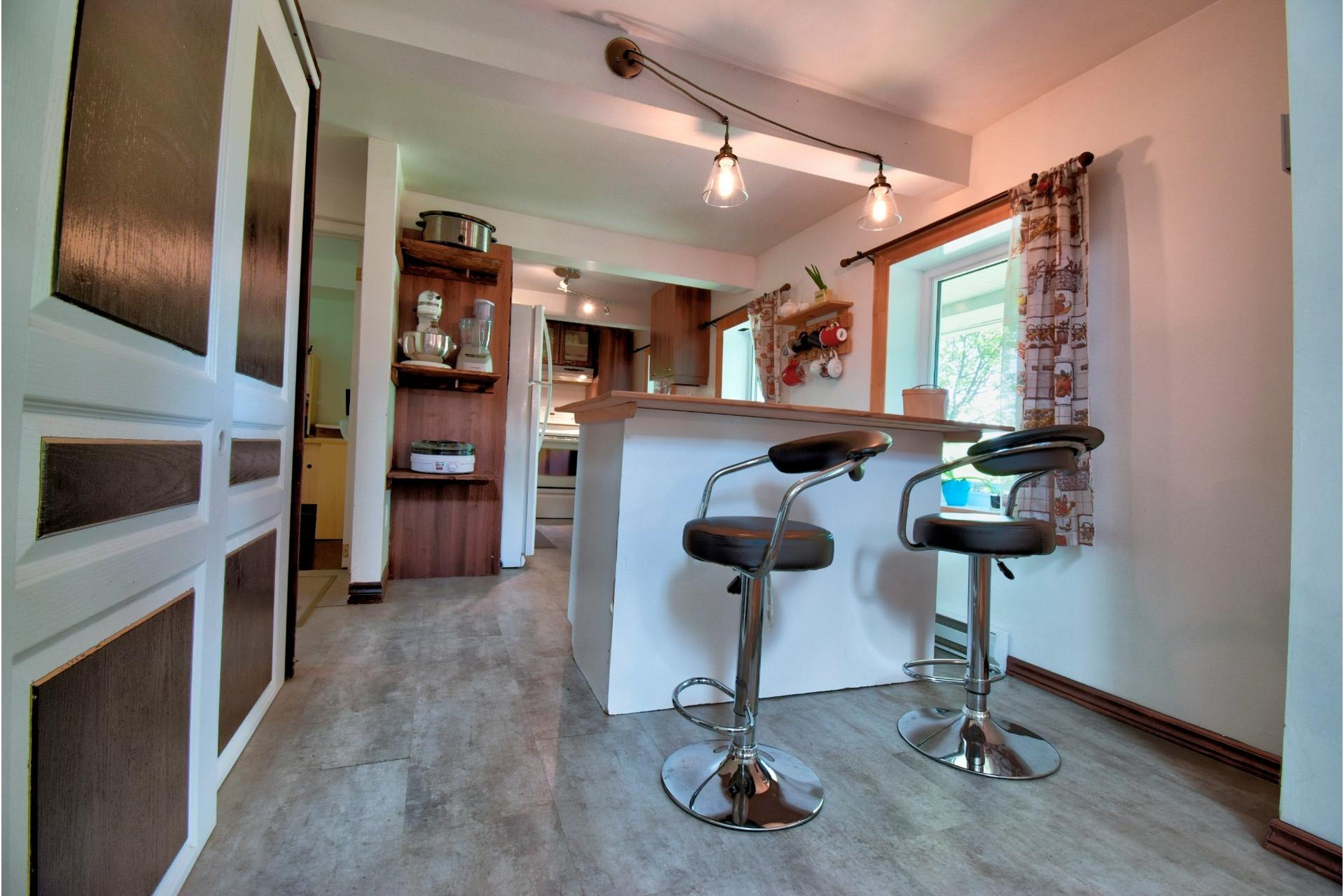 image 6 - Maison À vendre Saint-Luc-de-Vincennes - 8 pièces