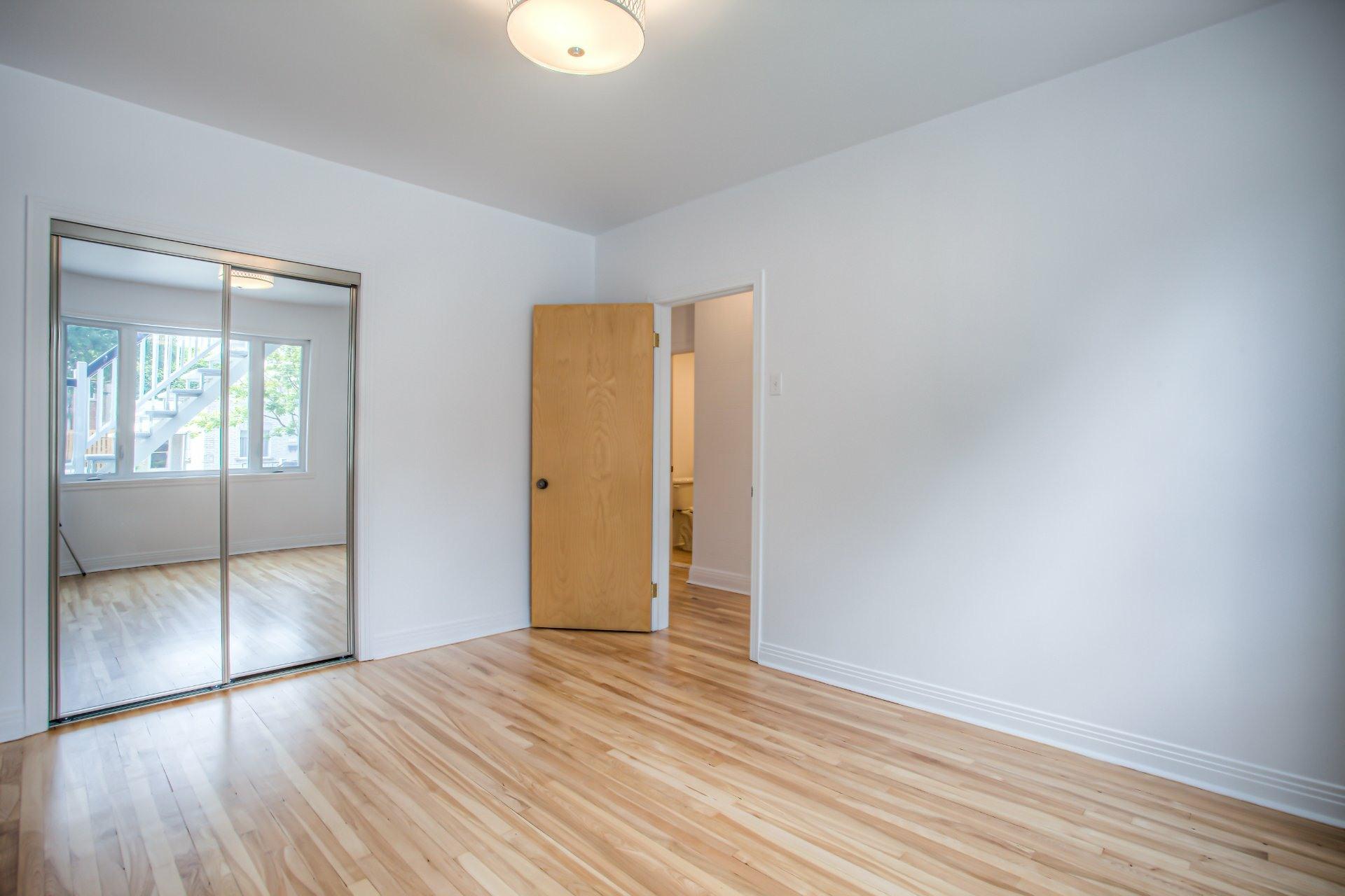 image 7 - Duplex À vendre Le Sud-Ouest Montréal  - 7 pièces