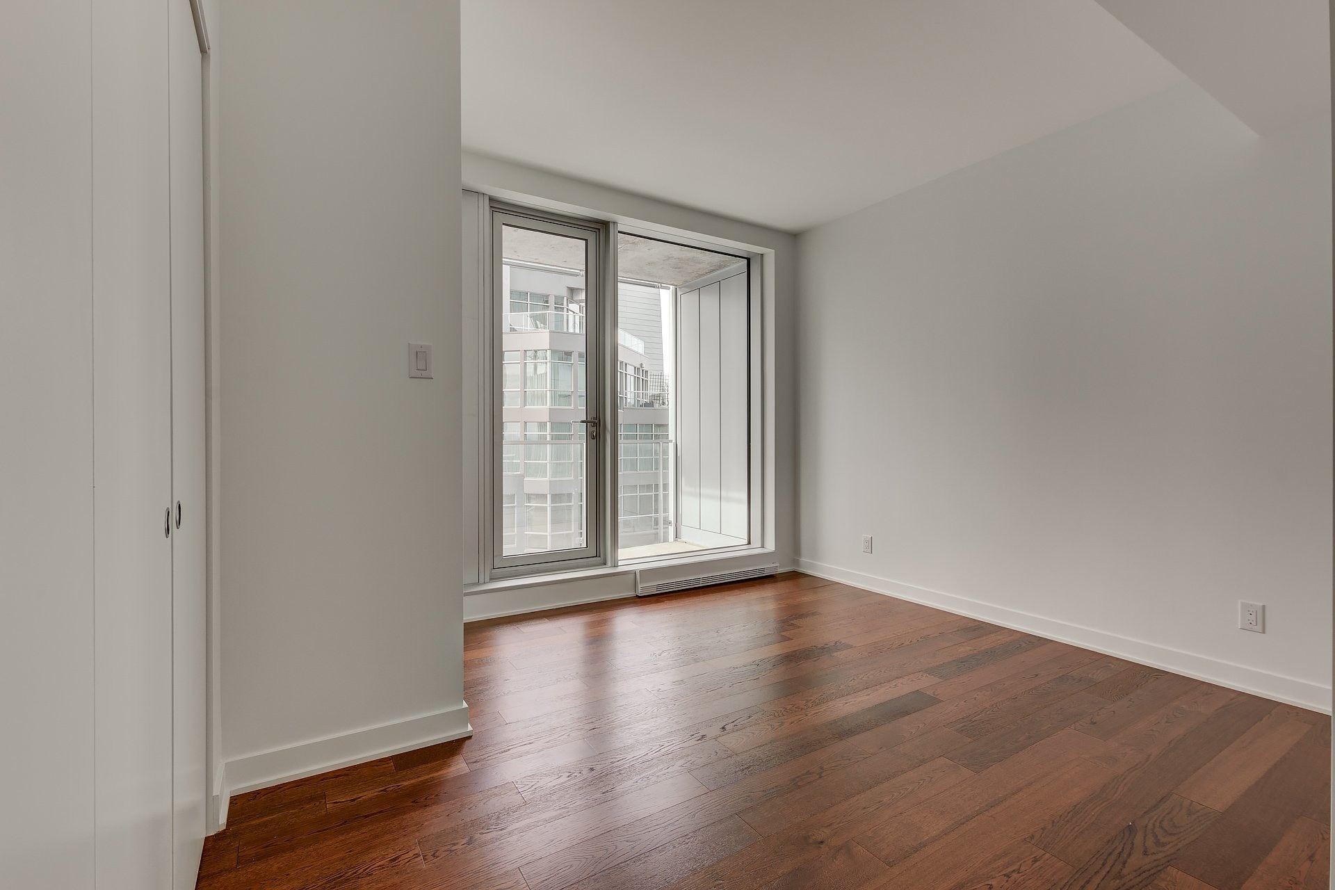 image 7 - Apartment For sale Ville-Marie Montréal  - 9 rooms