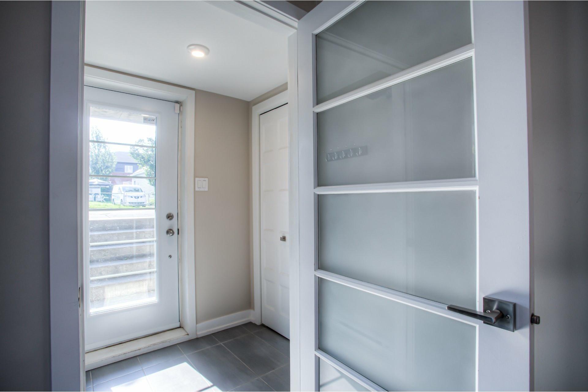 image 2 - Departamento Para alquiler Le Vieux-Longueuil Longueuil  - 5 habitaciones
