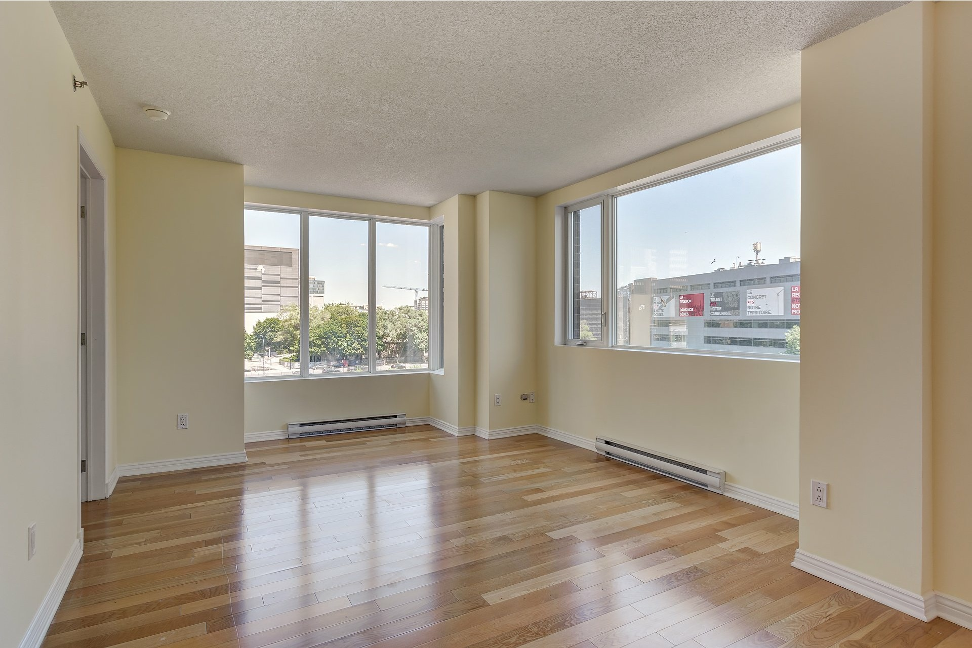 image 7 - Apartment For sale Ville-Marie Montréal  - 4 rooms